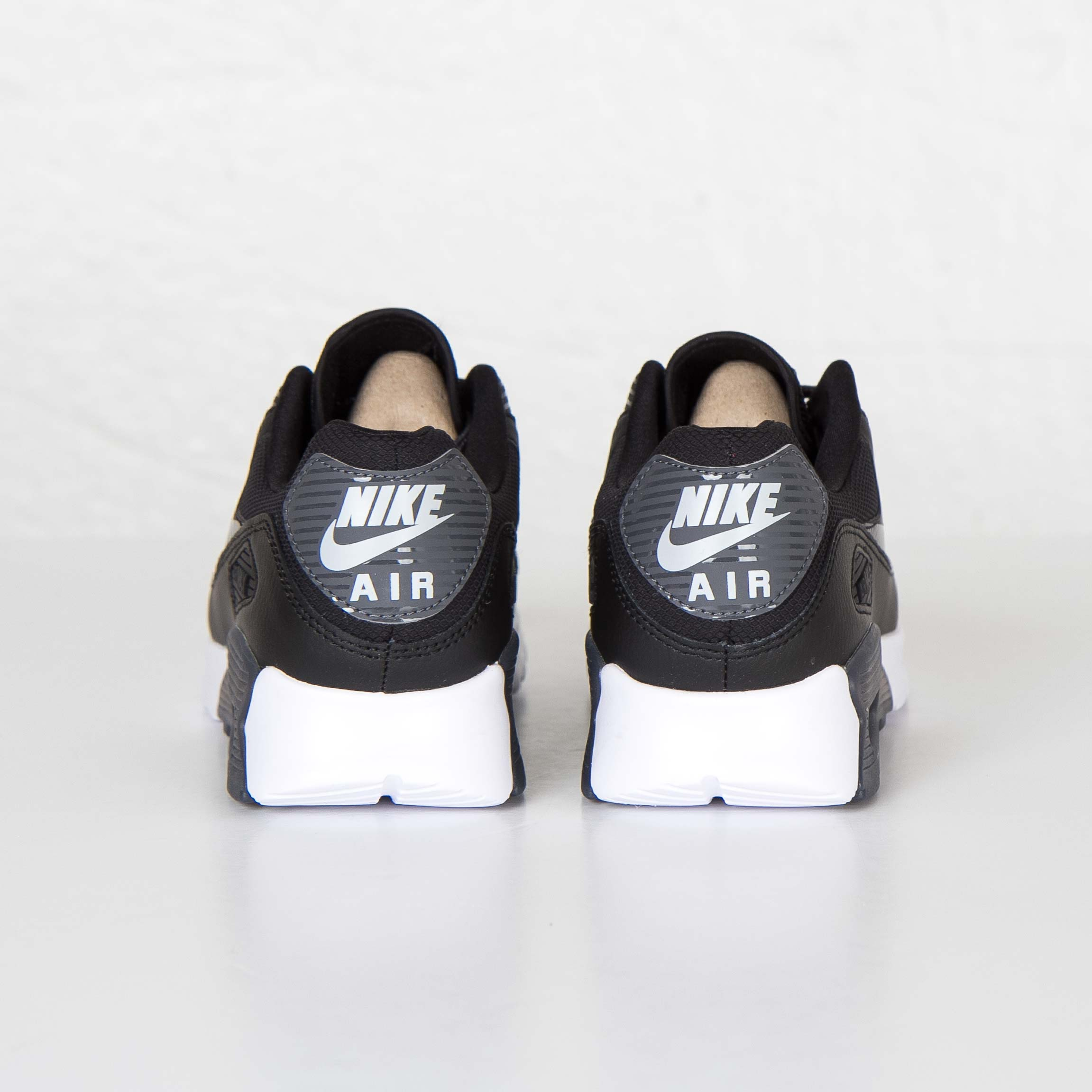 Nike Air Max 90 Ultra Essential 724981 007