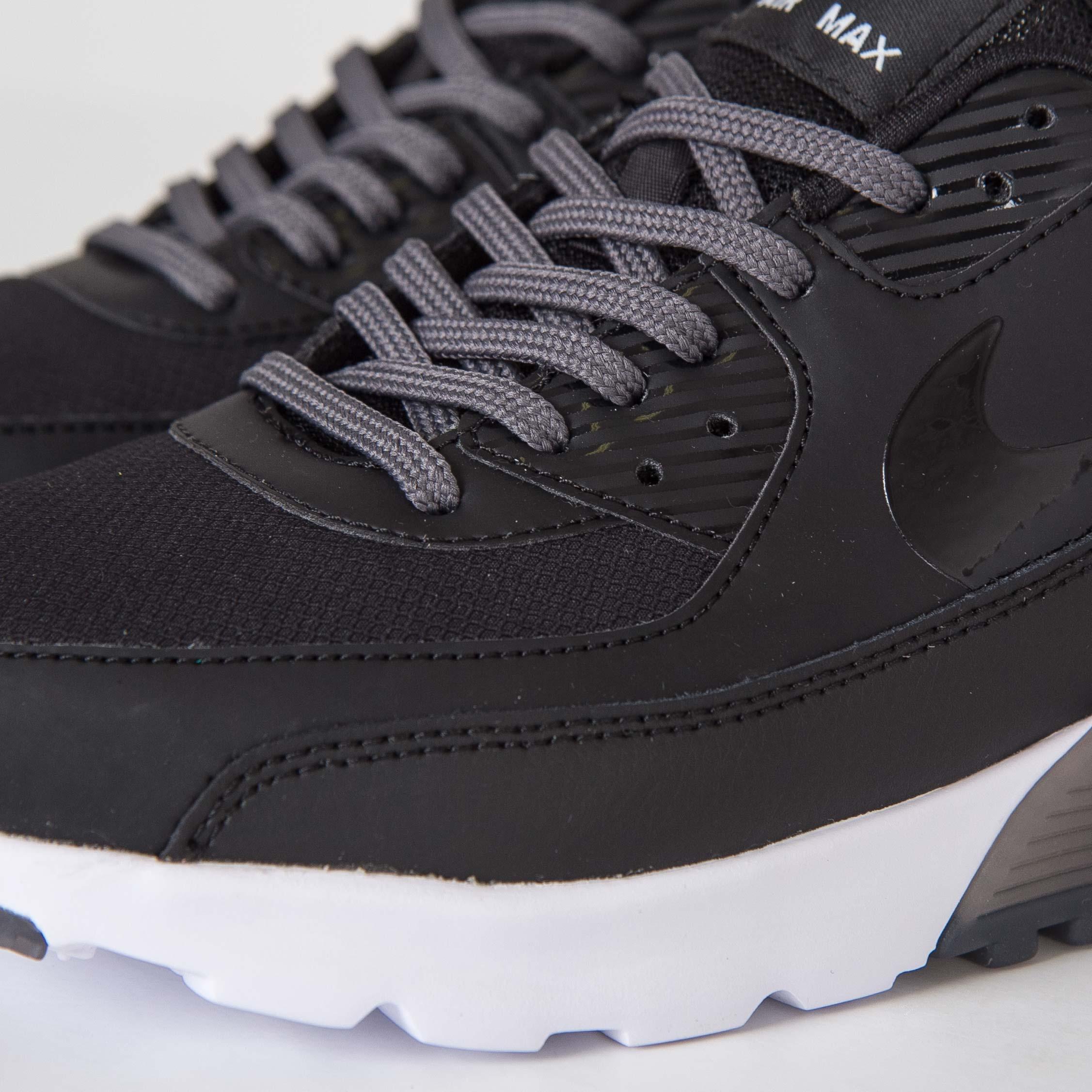best service 5ea8c efd26 Nike Air Max 90 Ultra Essential - 6. Close