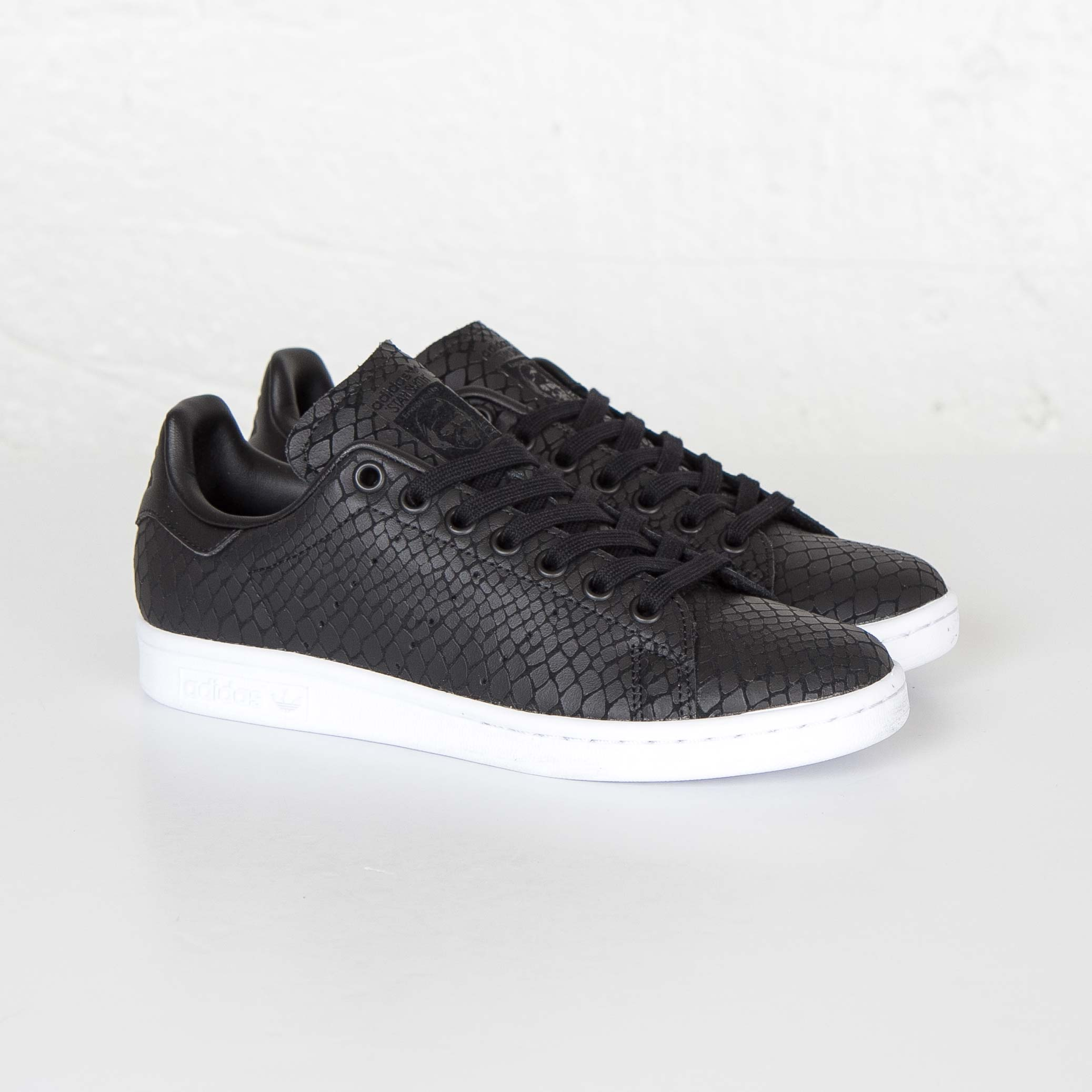 Zapatillas adidas Stan Smith W s75137 sneakersnstuff