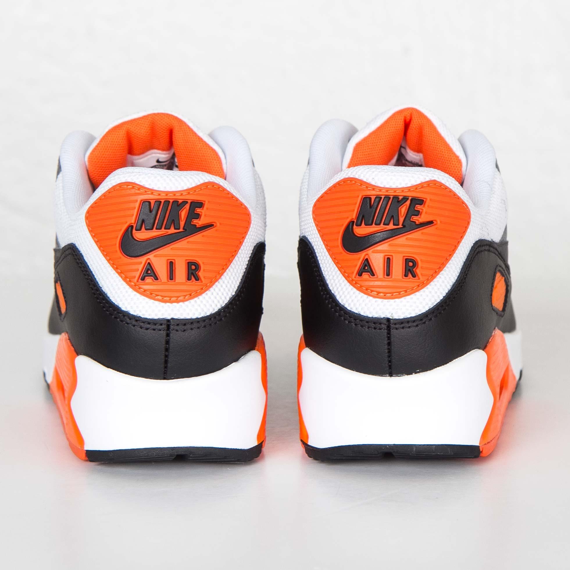 Nike Air Max 90 Essential 537384 128 Sneakersnstuff
