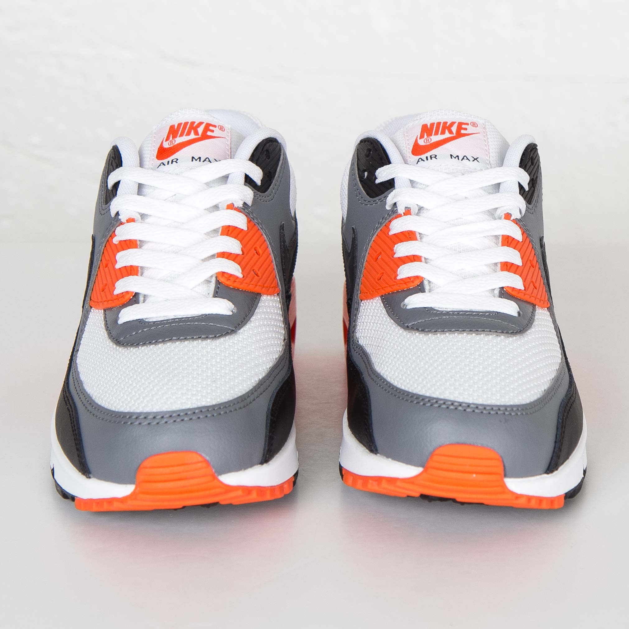 new style 879ce 4b087 Nike Air Max 90 Essential - 537384-128 - Sneakersnstuff   sneakers    streetwear online since 1999