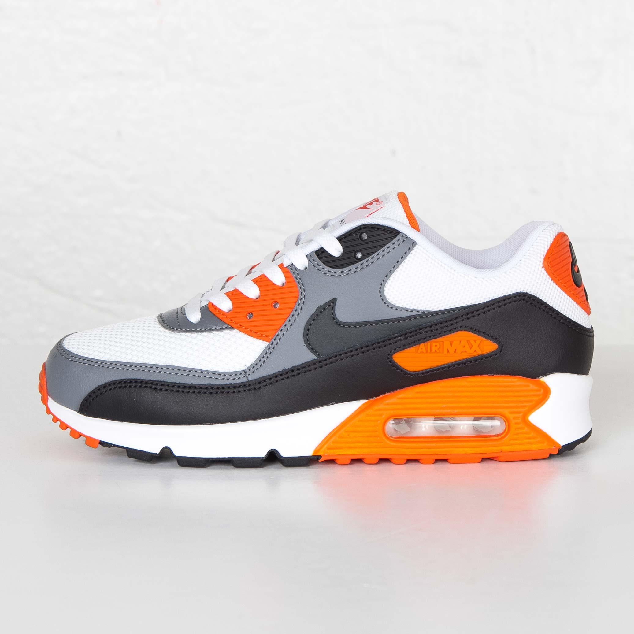 Nike Air Max 90 Essential 537384 128 Sneakersnstuff I