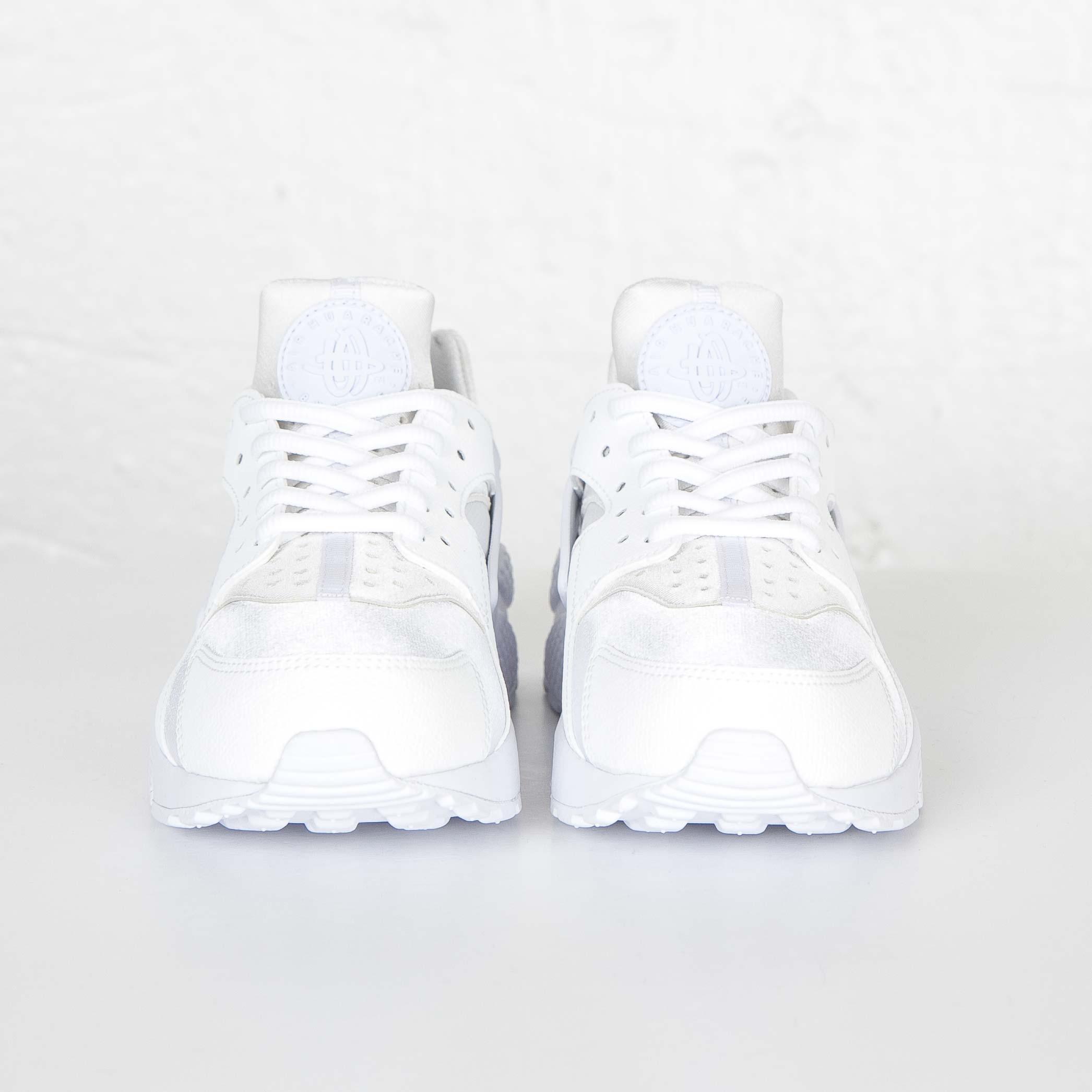 buy popular 4a18d 5f137 Nike Wmns Air Huarache Run - 634835-108 - Sneakersnstuff   sneakers    streetwear online since 1999