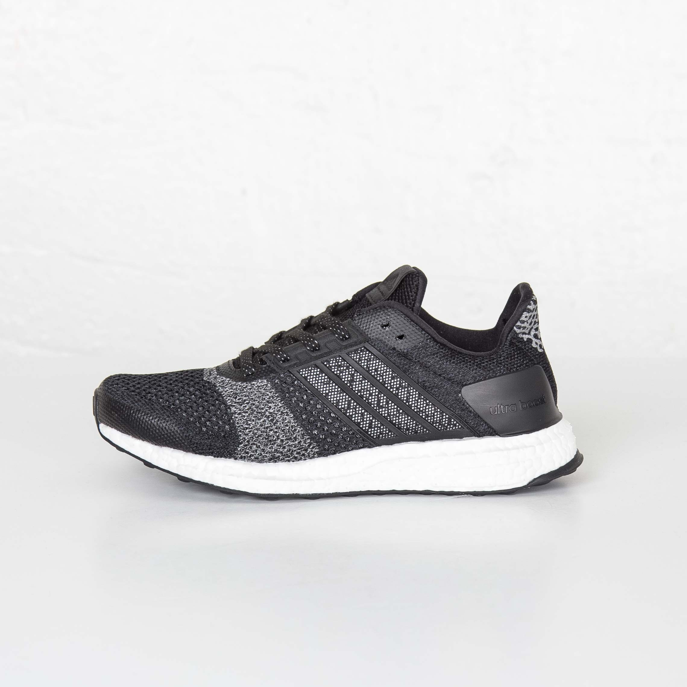 aa9133ce220e3 adidas Ultraboost ST Glow - Af6397 - Sneakersnstuff
