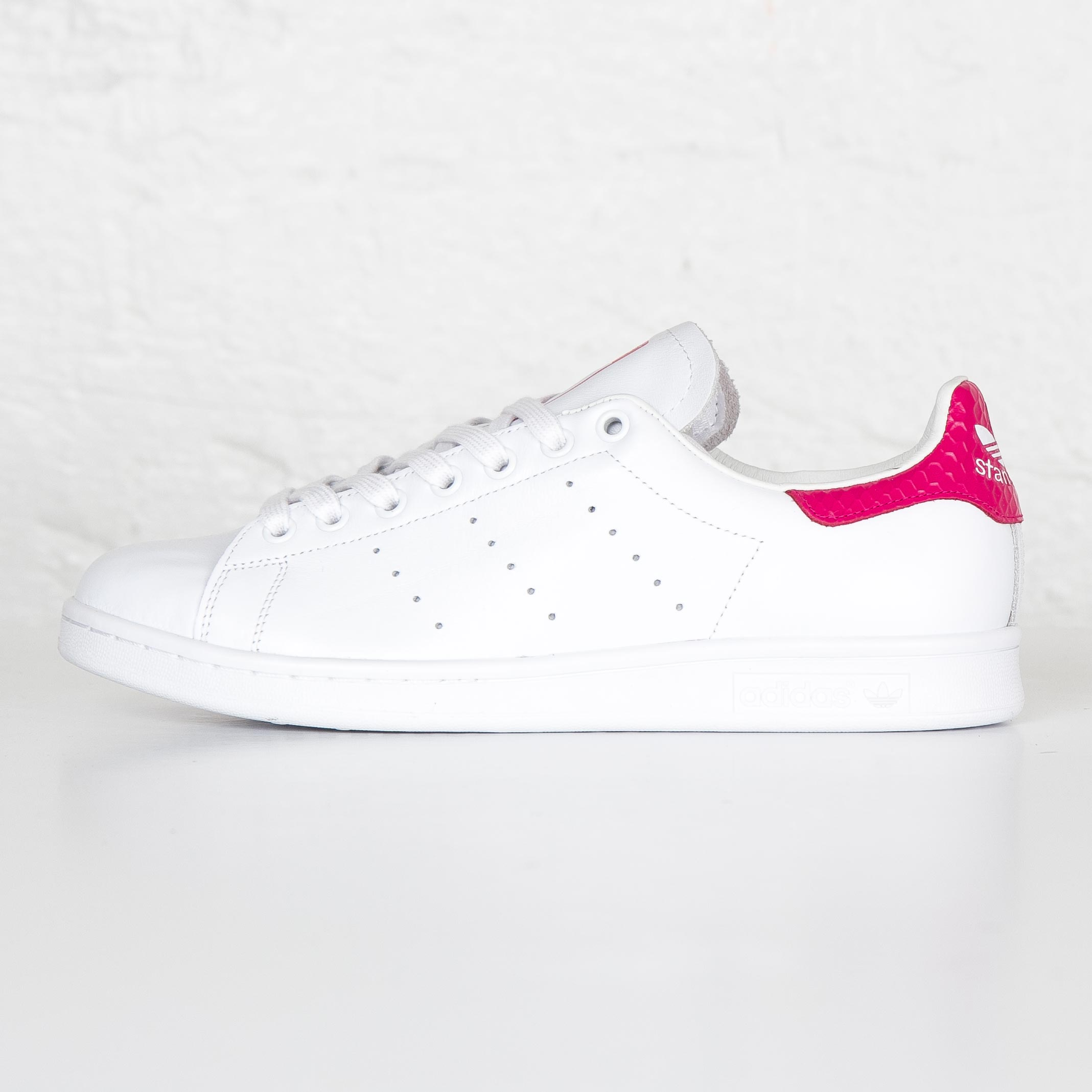 adidas Stan Smith S75080 Sneakersnstuff | sneakers