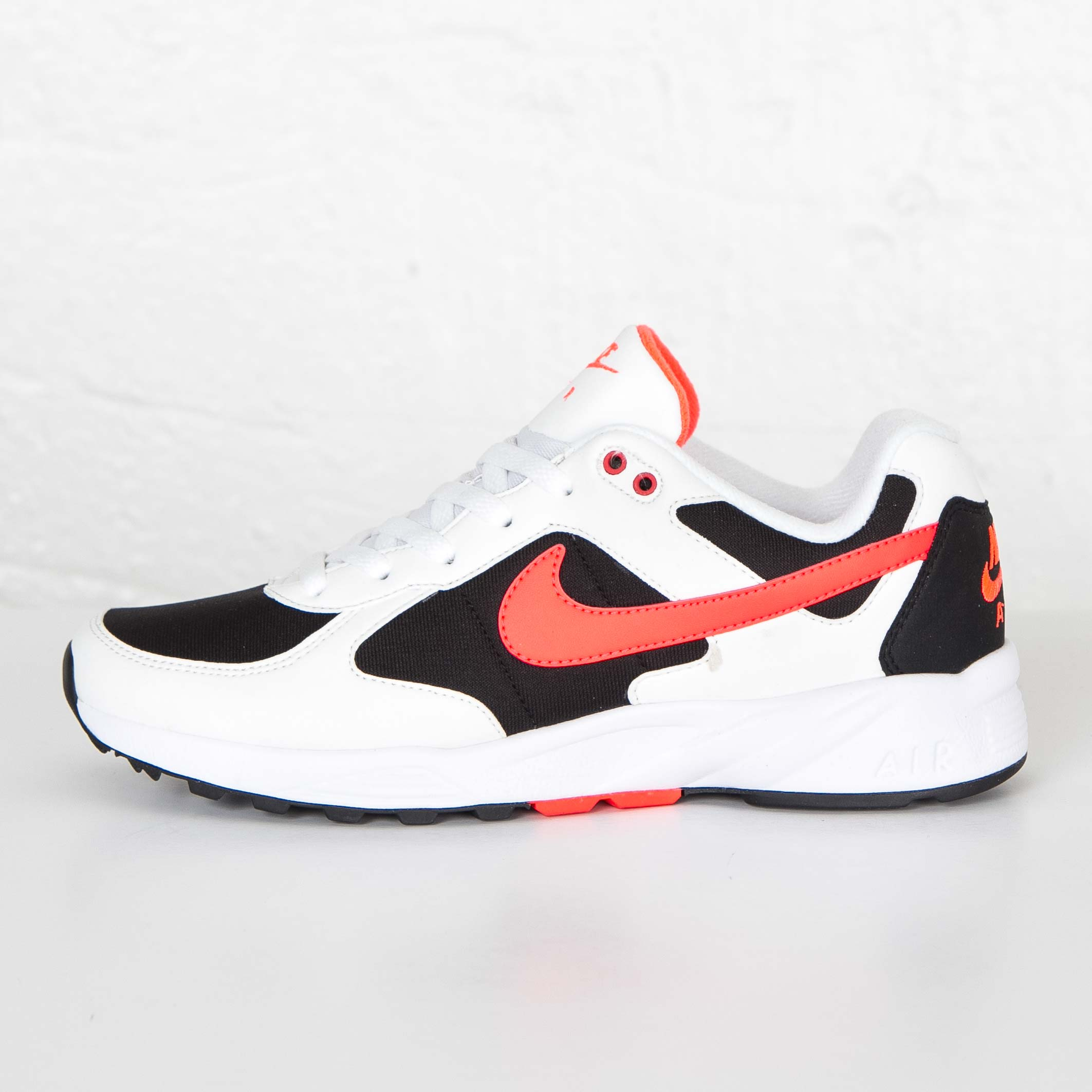 new arrival 3cd4a db208 ... Nike Air Icarus NSW ...