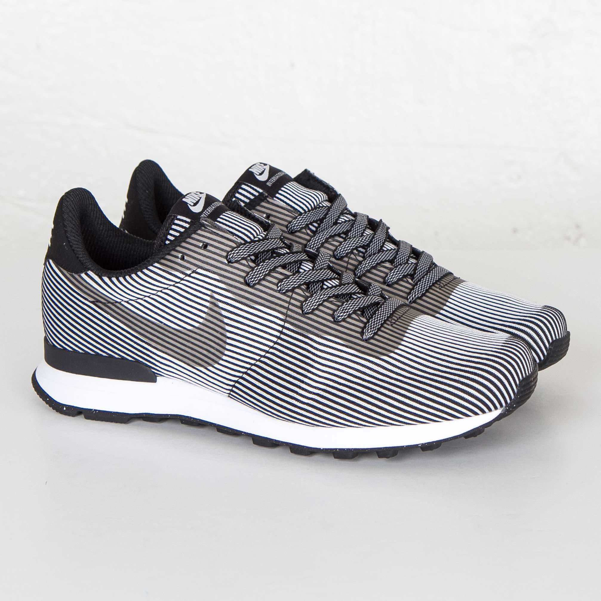 info for be1de 93568 Nike Internationalist Knit Jacquard