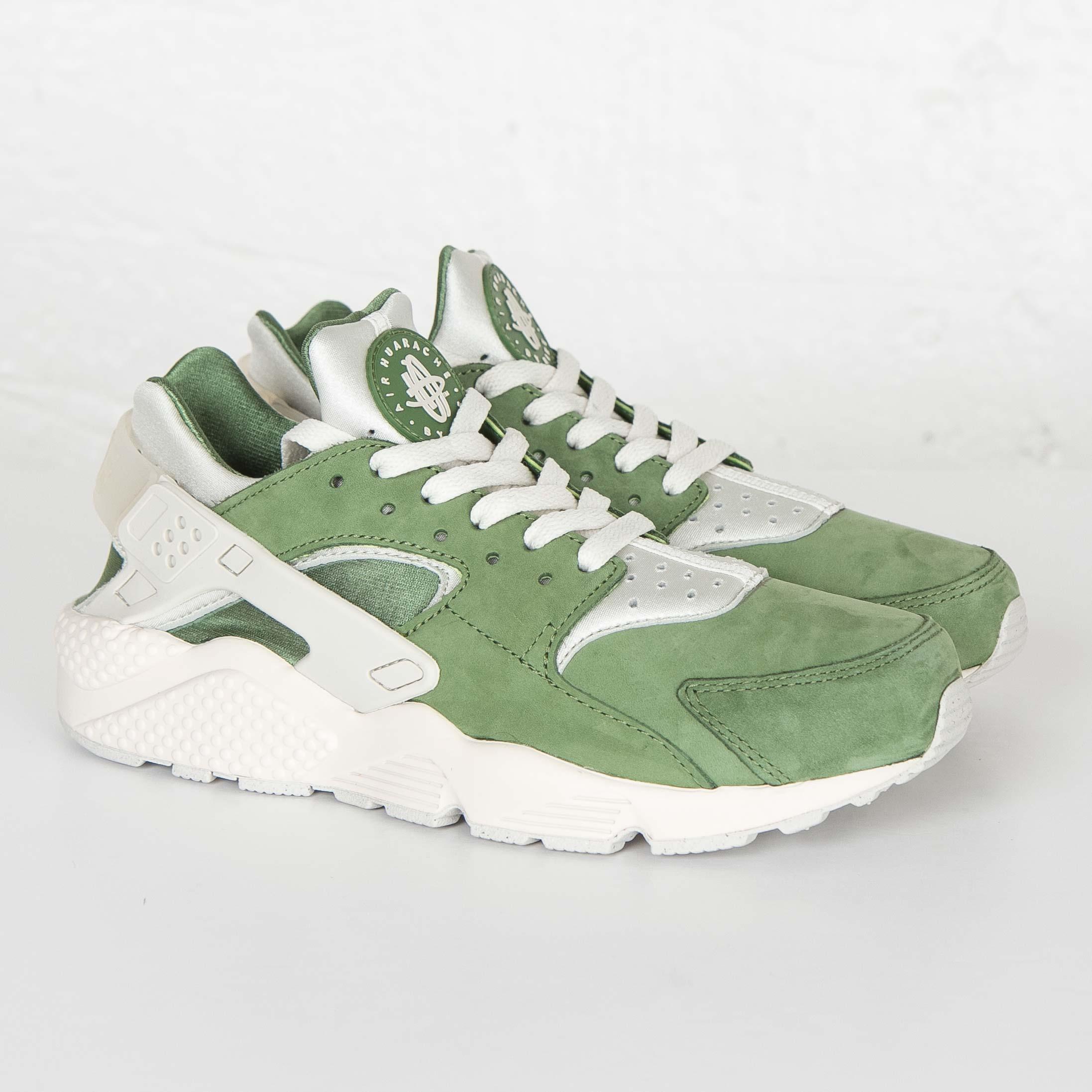 41d5685eeca7 Nike Air Huarache Run Premium - 704830-300 - Sneakersnstuff ...