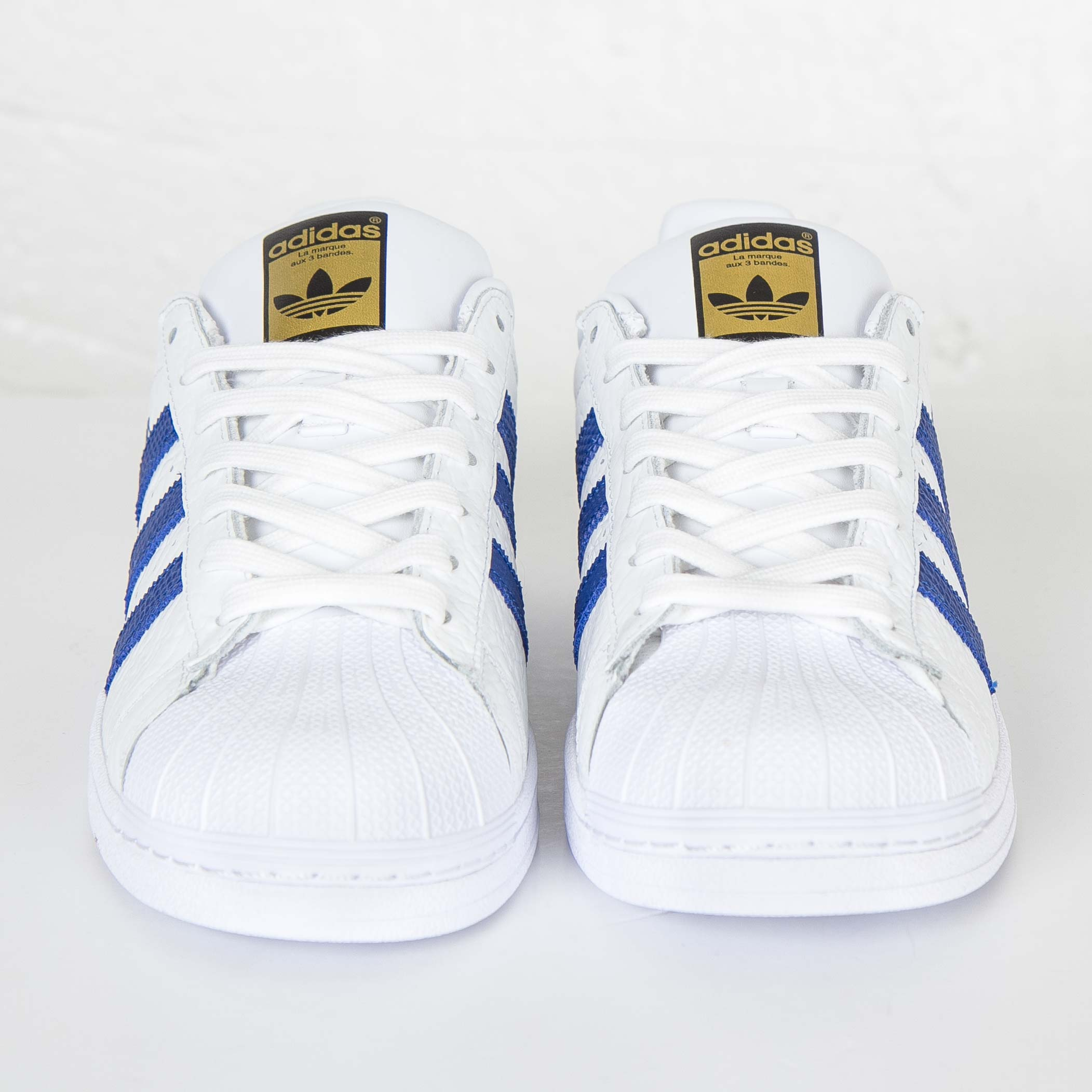 S75159 sneakersnstuff zapatillas adidas superstar animal