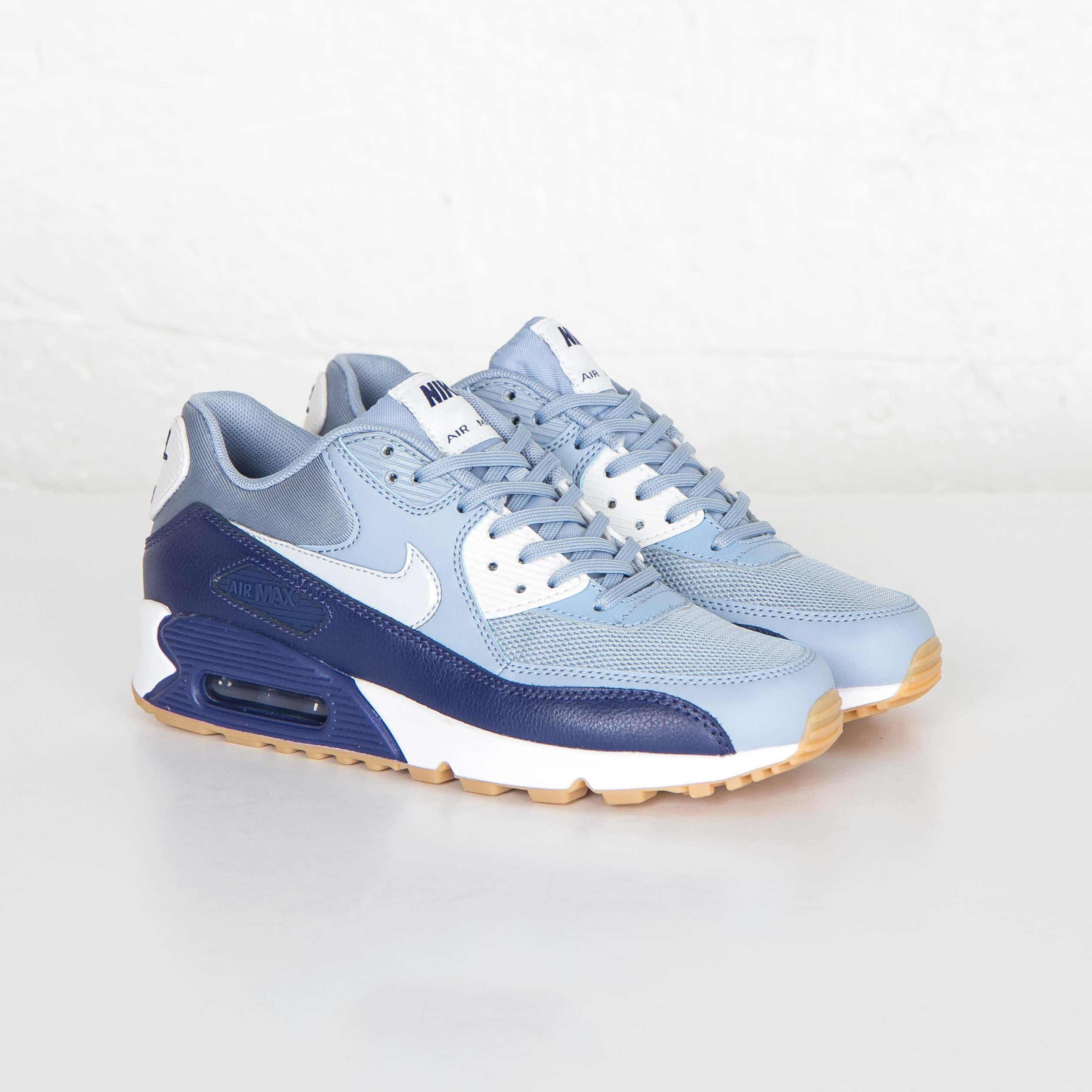 Nike Air Max 90 Essential 616730 402 Sneakersnstuff