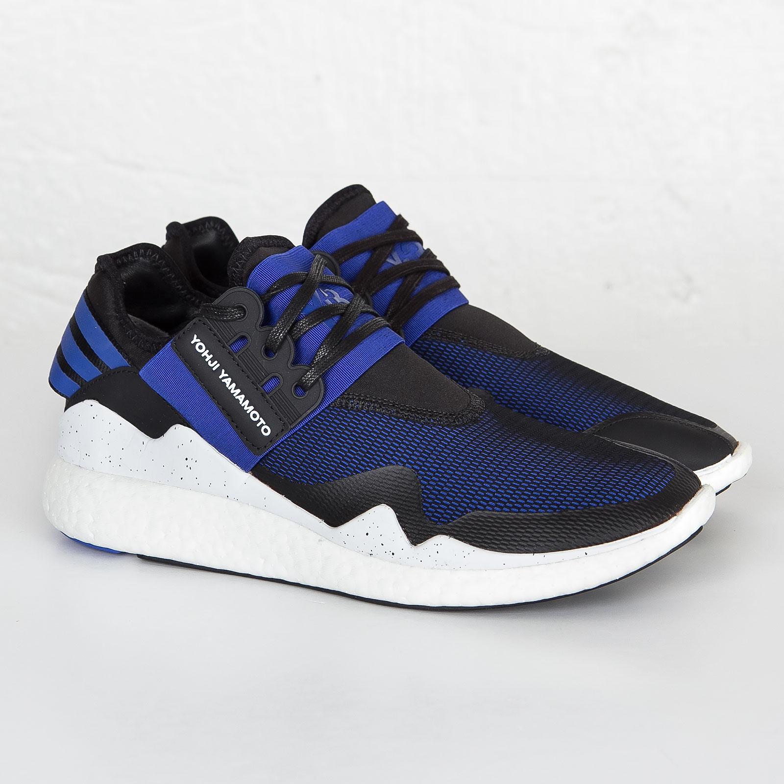 d2706bf4fe74 adidas Y-3 Retro Boost - Aq5494 - Sneakersnstuff