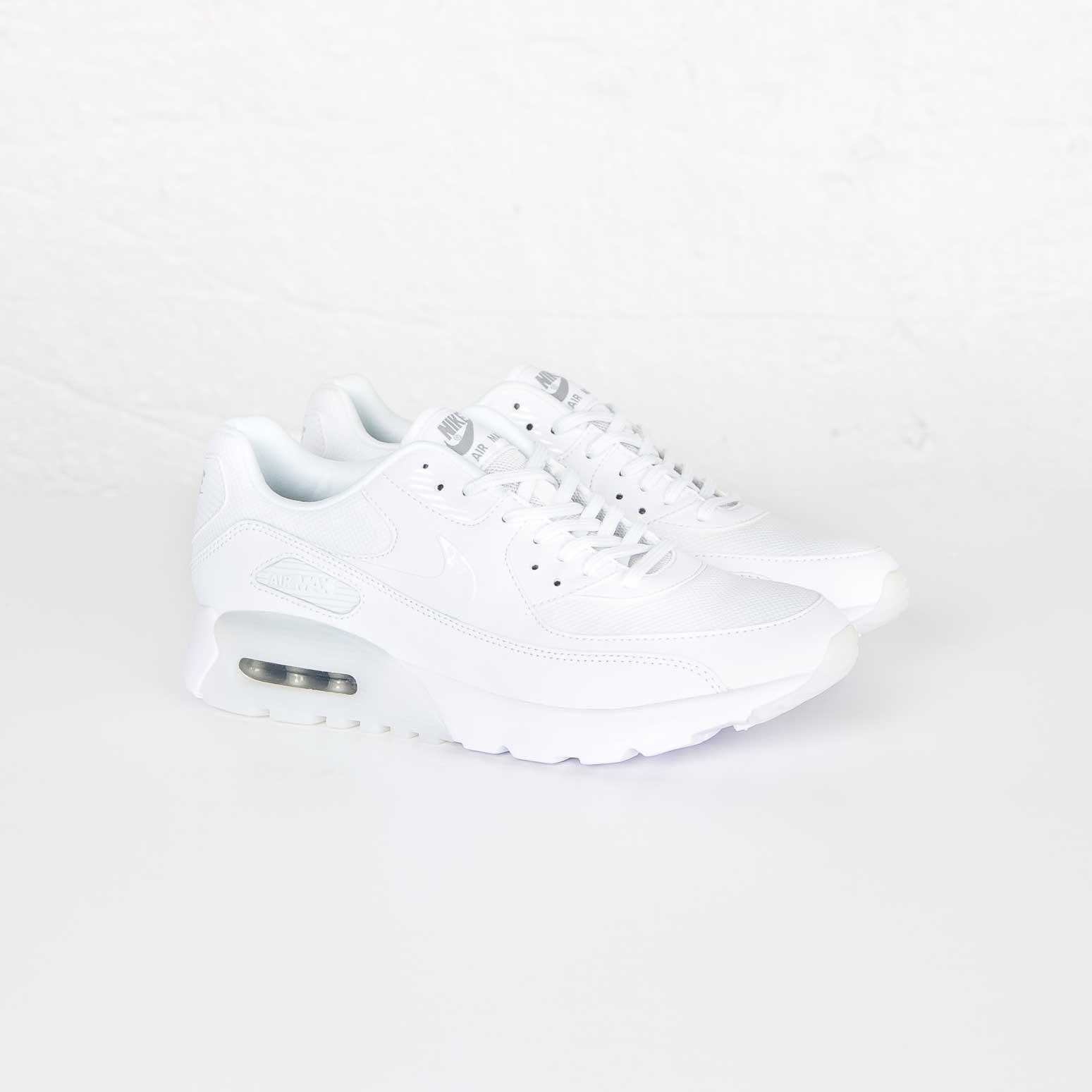Nike Air Max 90 Ultra Essential 724981 101
