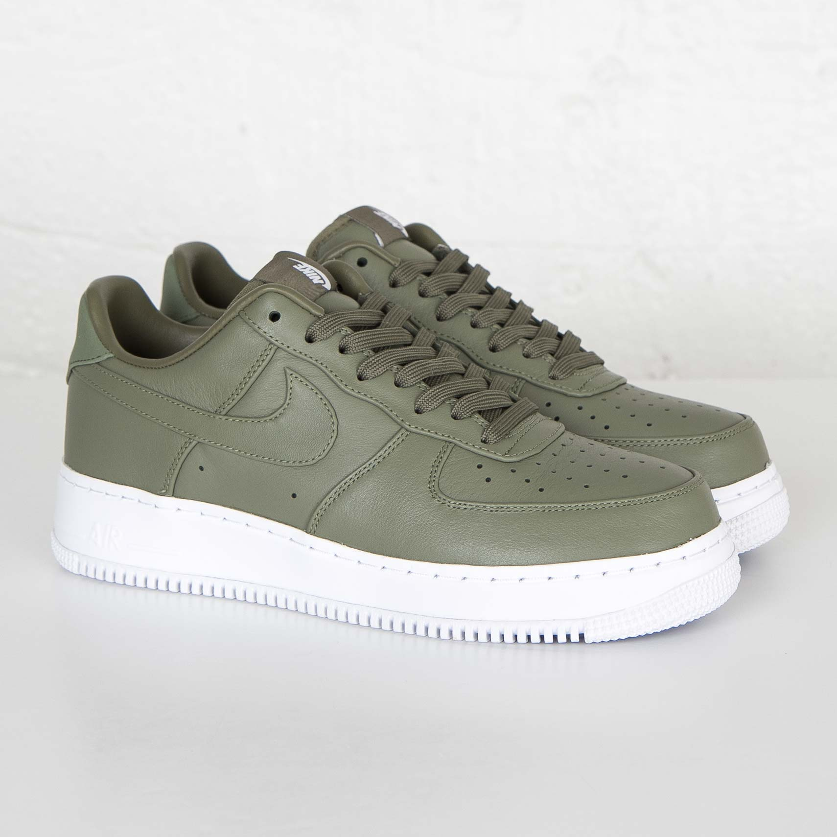 sale retailer fcada 2fe66 Nike NikeLab Air Force 1 Low