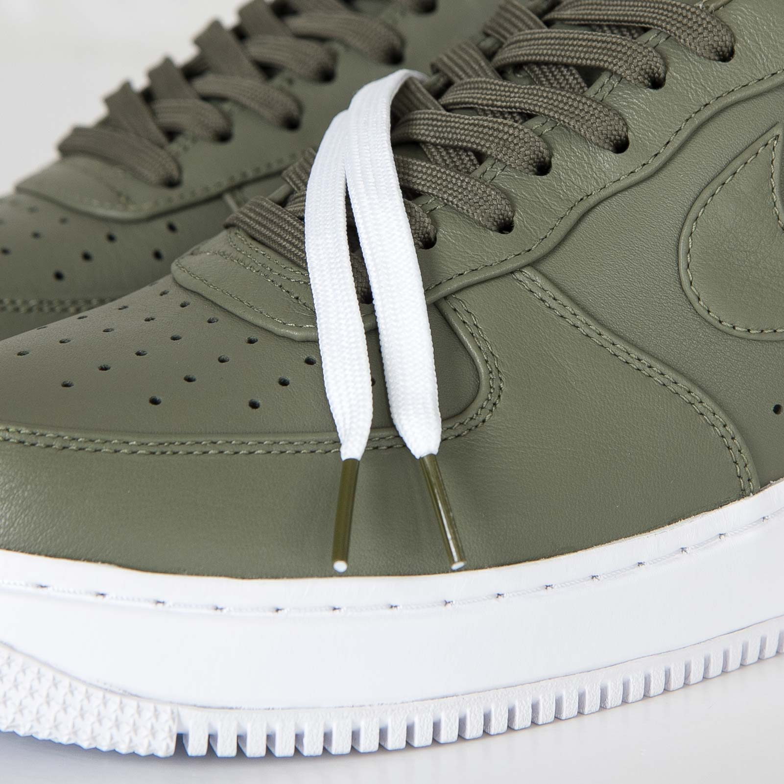 big sale a1707 4e13f ... 36 45 limited edition olive green sneaker  Office Shoes Jordan, Nike  ... Nike NikeLab Air Force 1 Low .