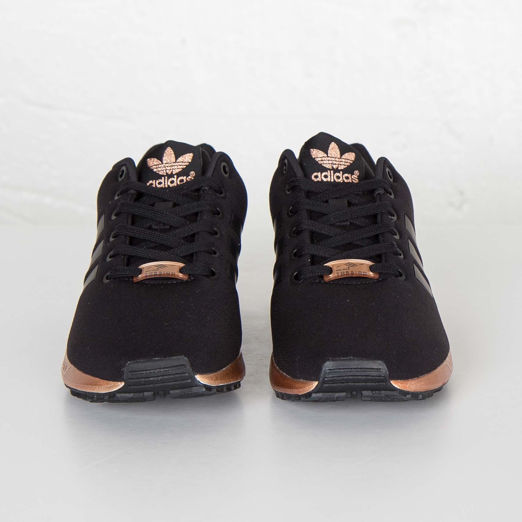 huge discount fccd3 a6067 adidas ZX Flux W - S78977 - Sneakersnstuff   sneakers   streetwear online  since 1999