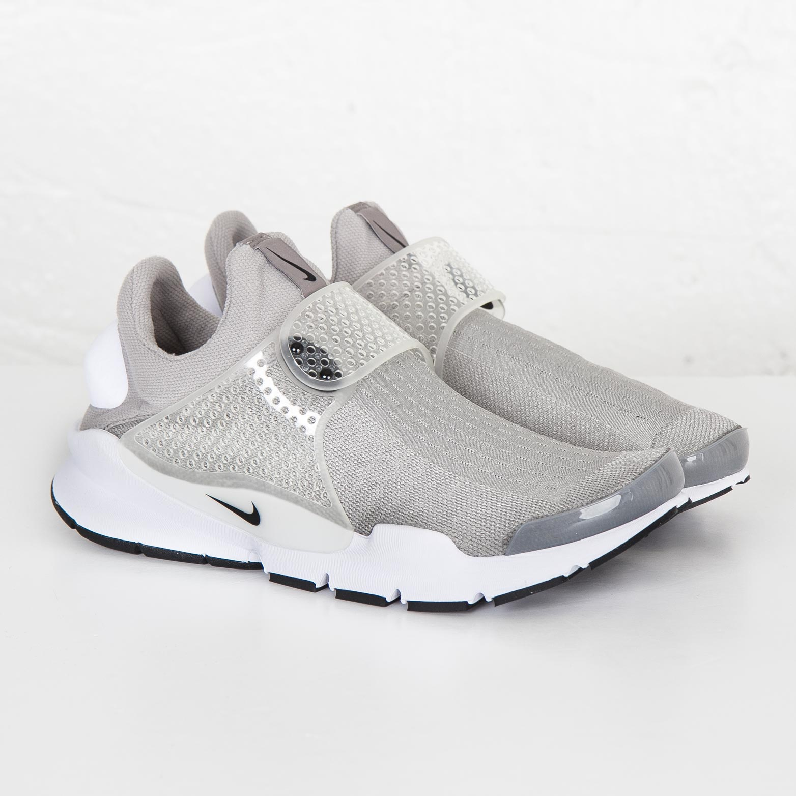 the latest 04f9b 676cf Nike Sock Dart - 819686-002 - Sneakersnstuff | sneakers & streetwear ...