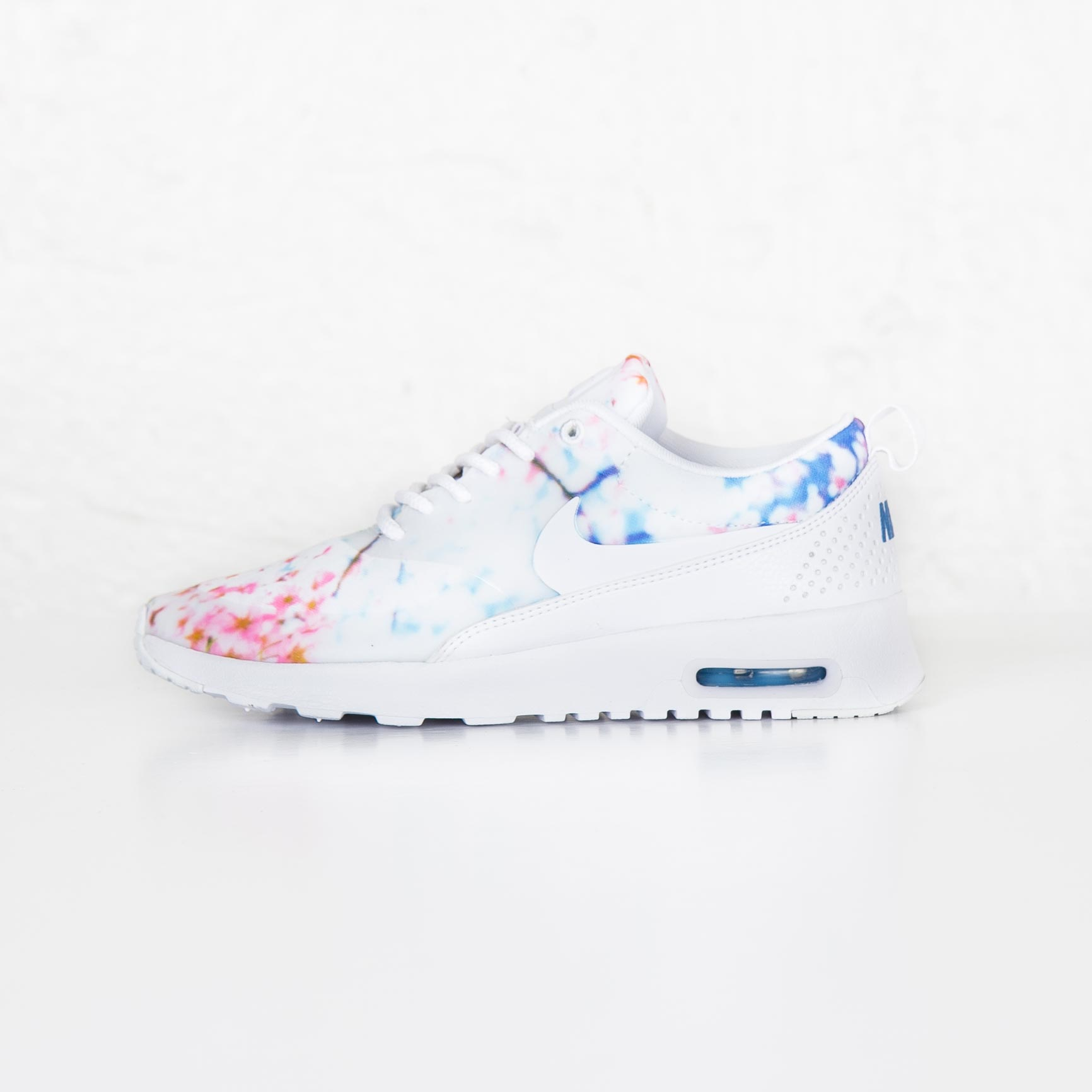 Shopping Nike Air Max Thea White University Blue Cherry
