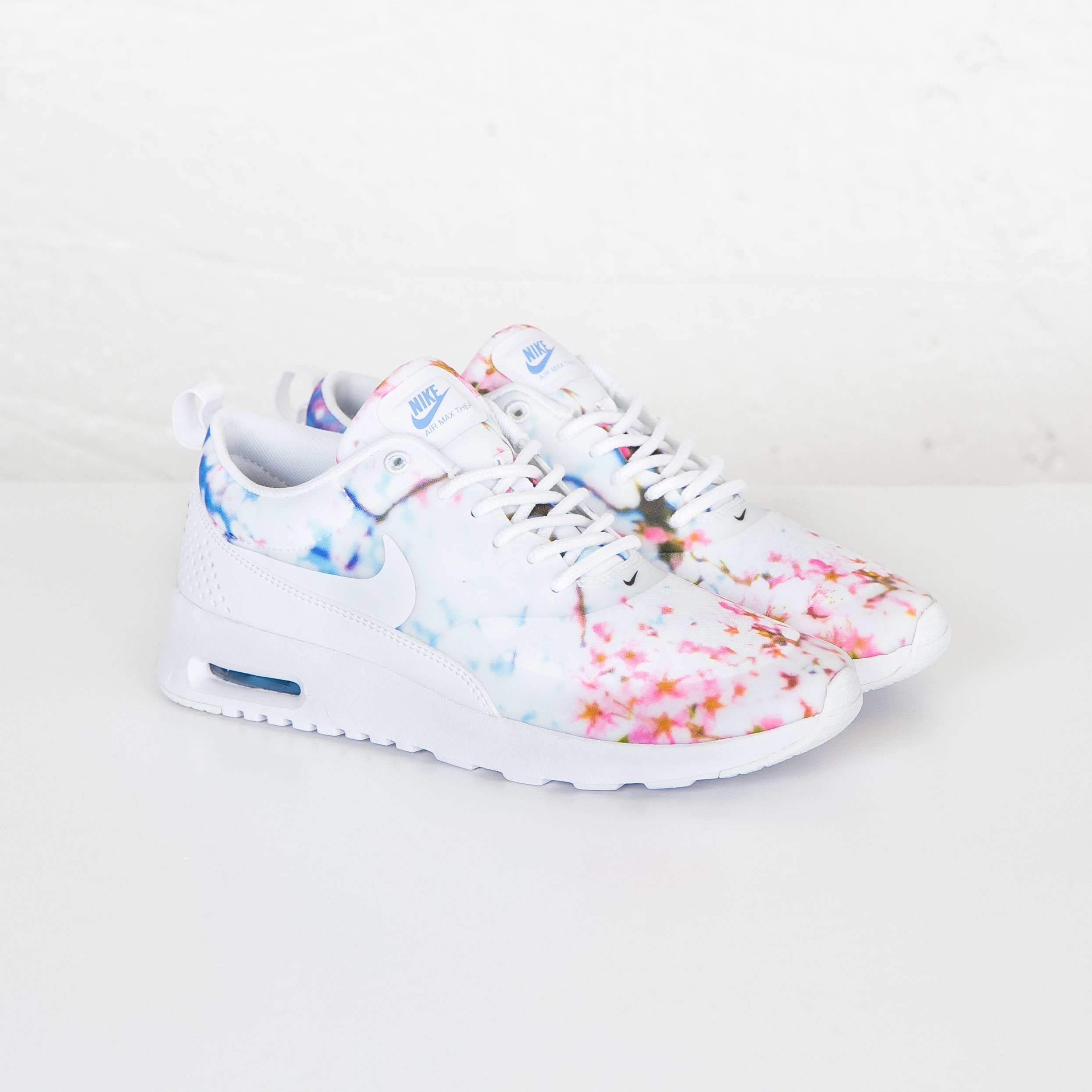 coupon nike air max thea x cherry blosson fc35e affae
