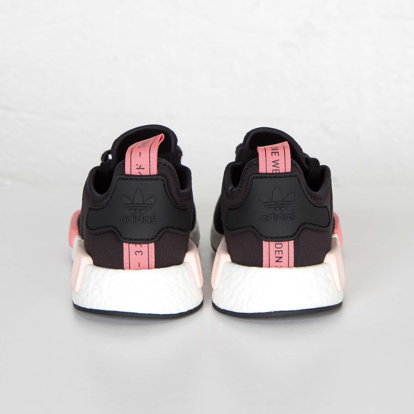 f9fc95f276dce adidas NMD R1 W - S75234 - Sneakersnstuff