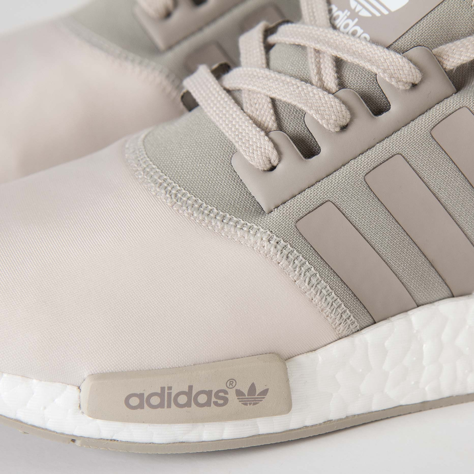 988ace2d8c50c adidas NMD R1 W - S75233 - Sneakersnstuff
