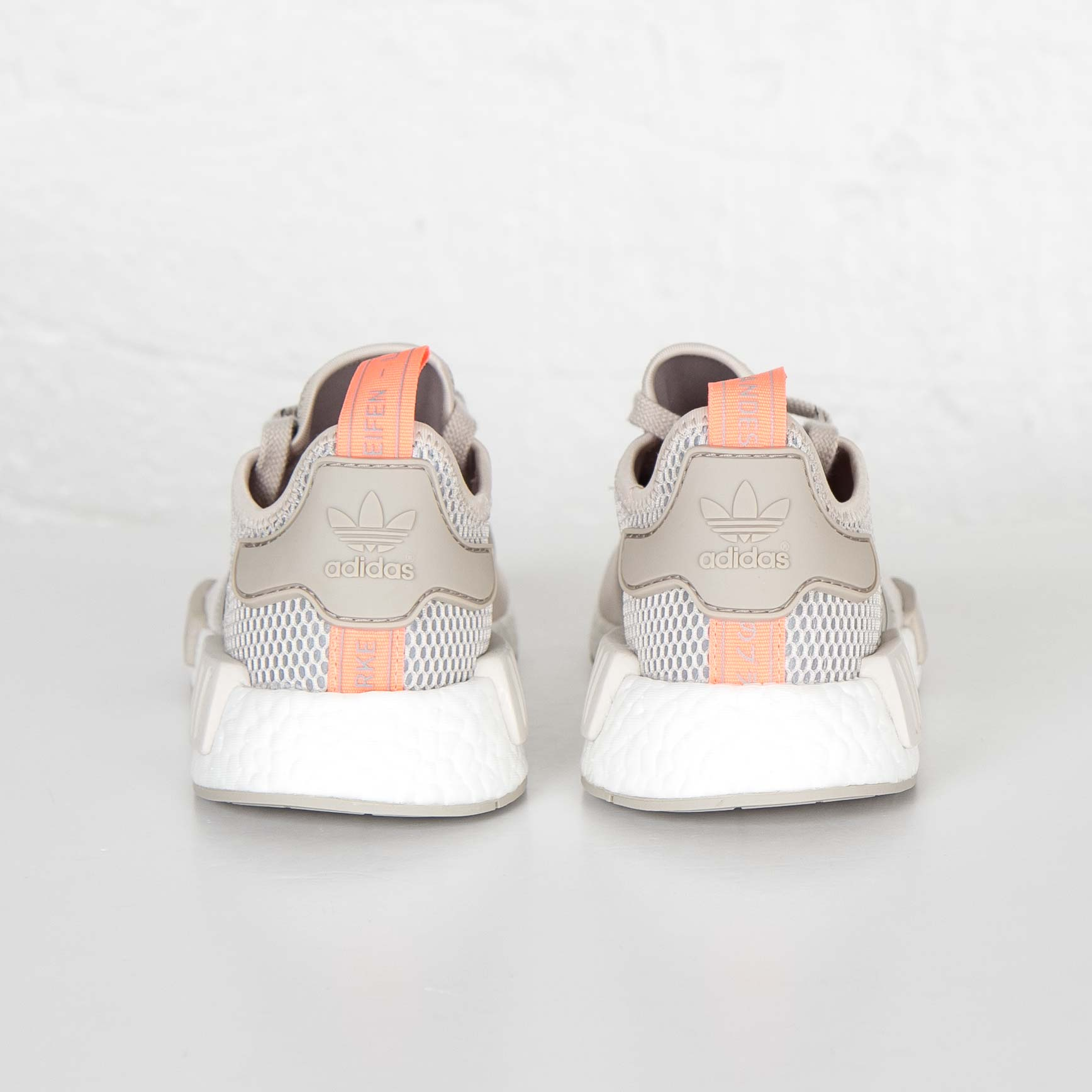 01e05d8a5 adidas NMD R1 W - S75233 - Sneakersnstuff
