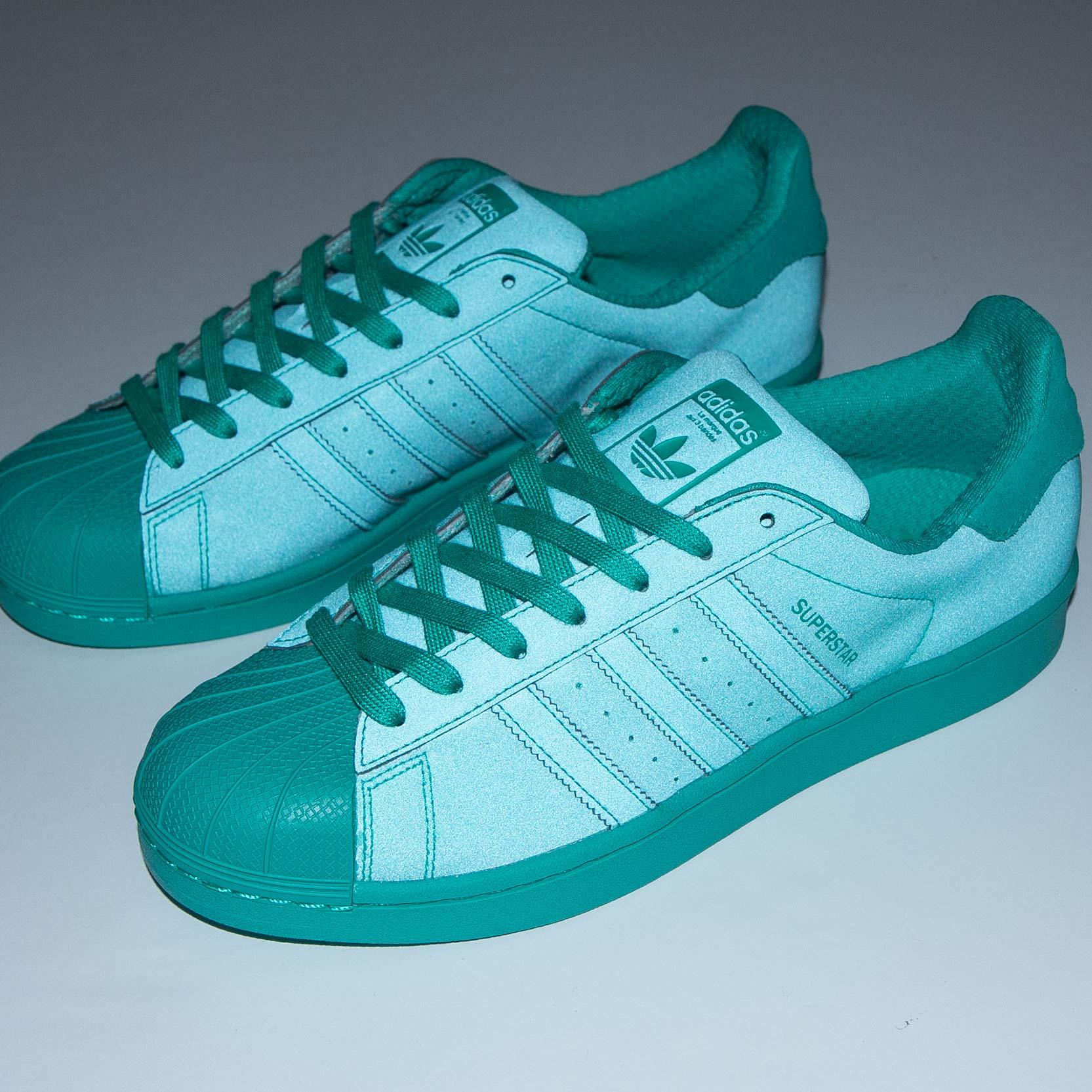 adidas Superstar Adicolor - S80331 - Sneakersnstuff