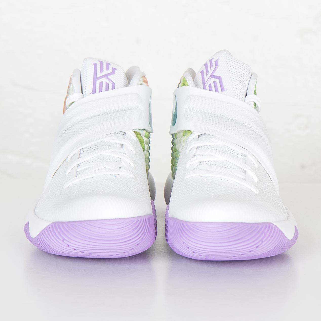 0607cbb20a2928 Nike Kyrie 2 - 819583-105 - Sneakersnstuff