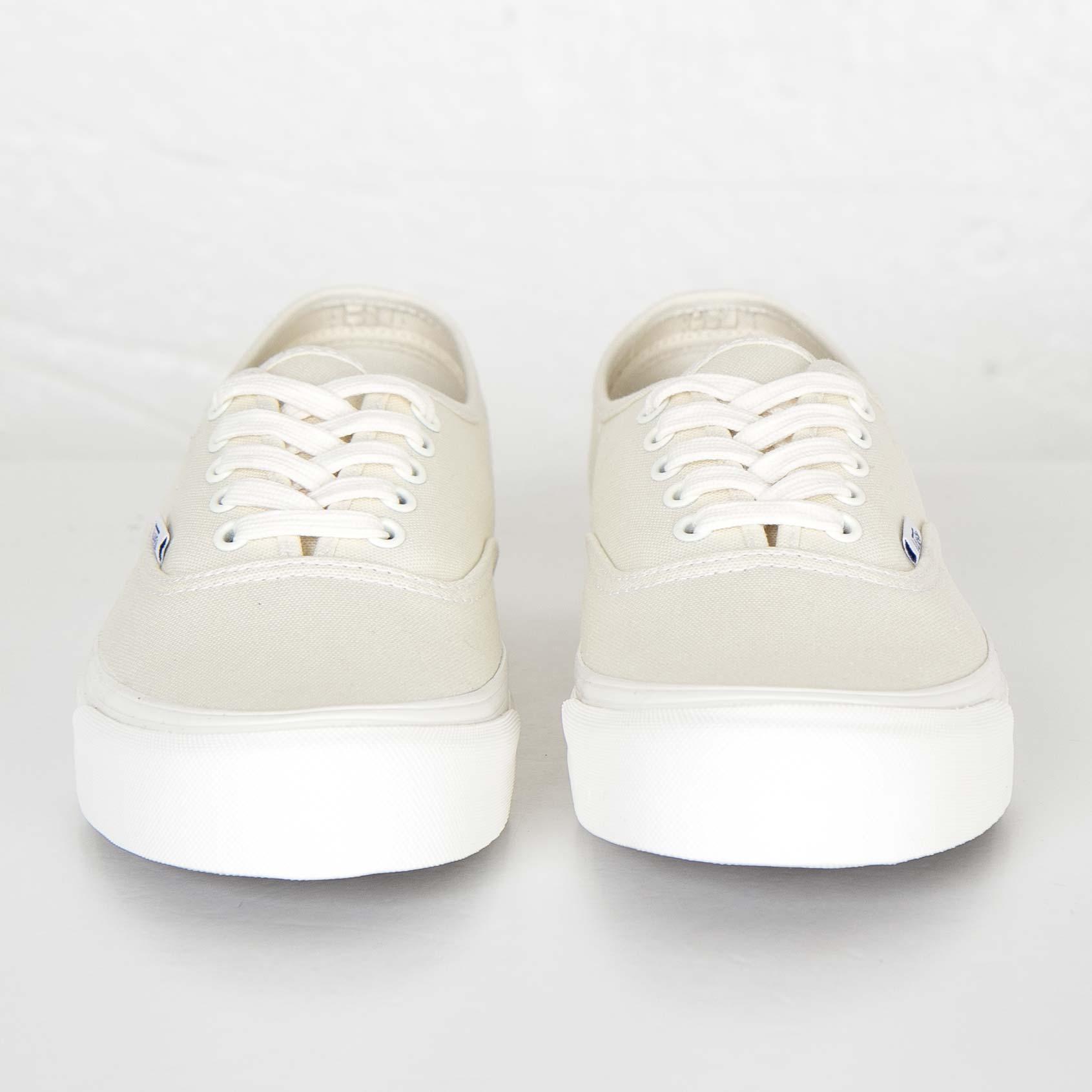 c22ff413e3 Vans OG Authentic LX - Vuddiav - Sneakersnstuff