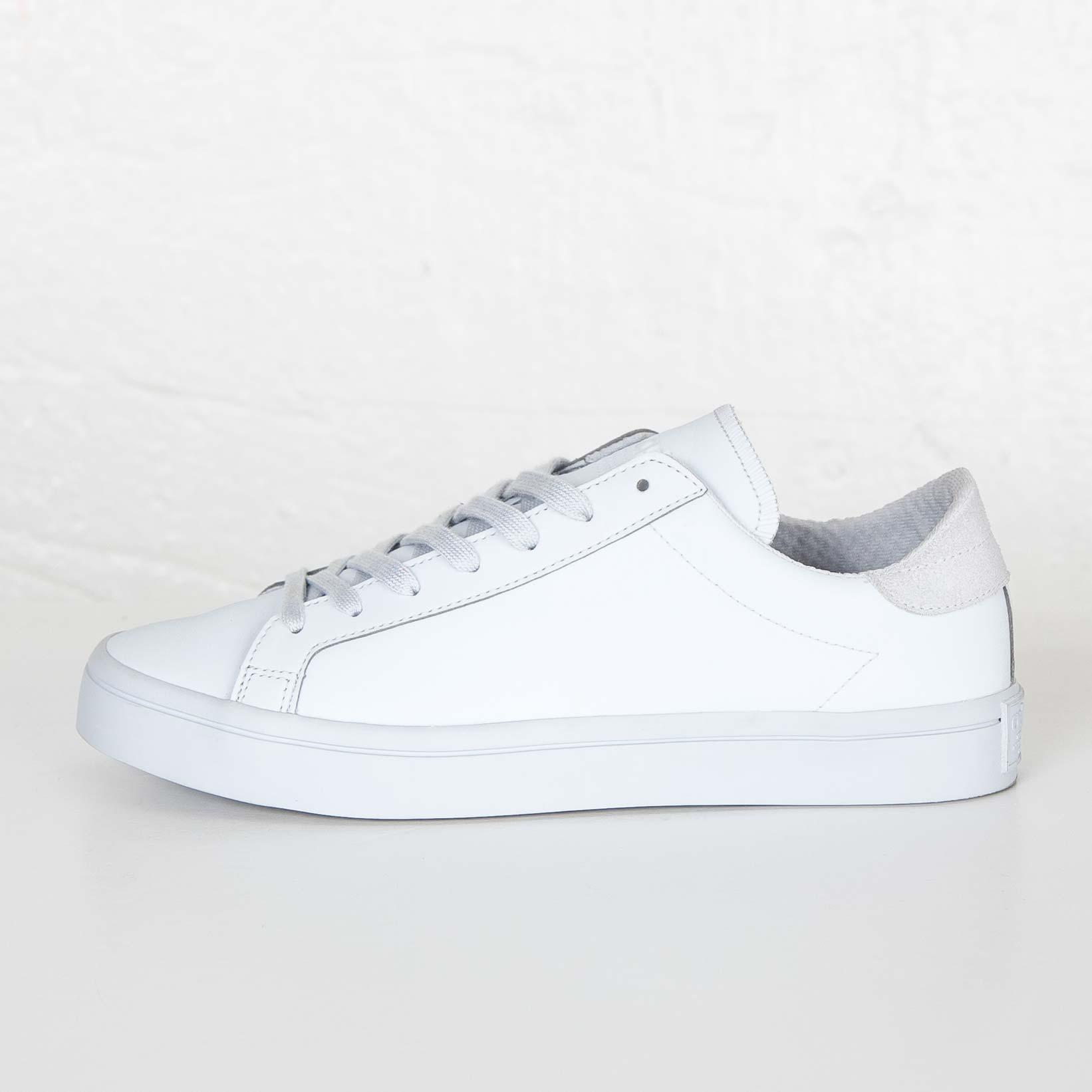 88a7f4d9f6f1cf adidas Court Vantage Adicolor - S80255 - Sneakersnstuff