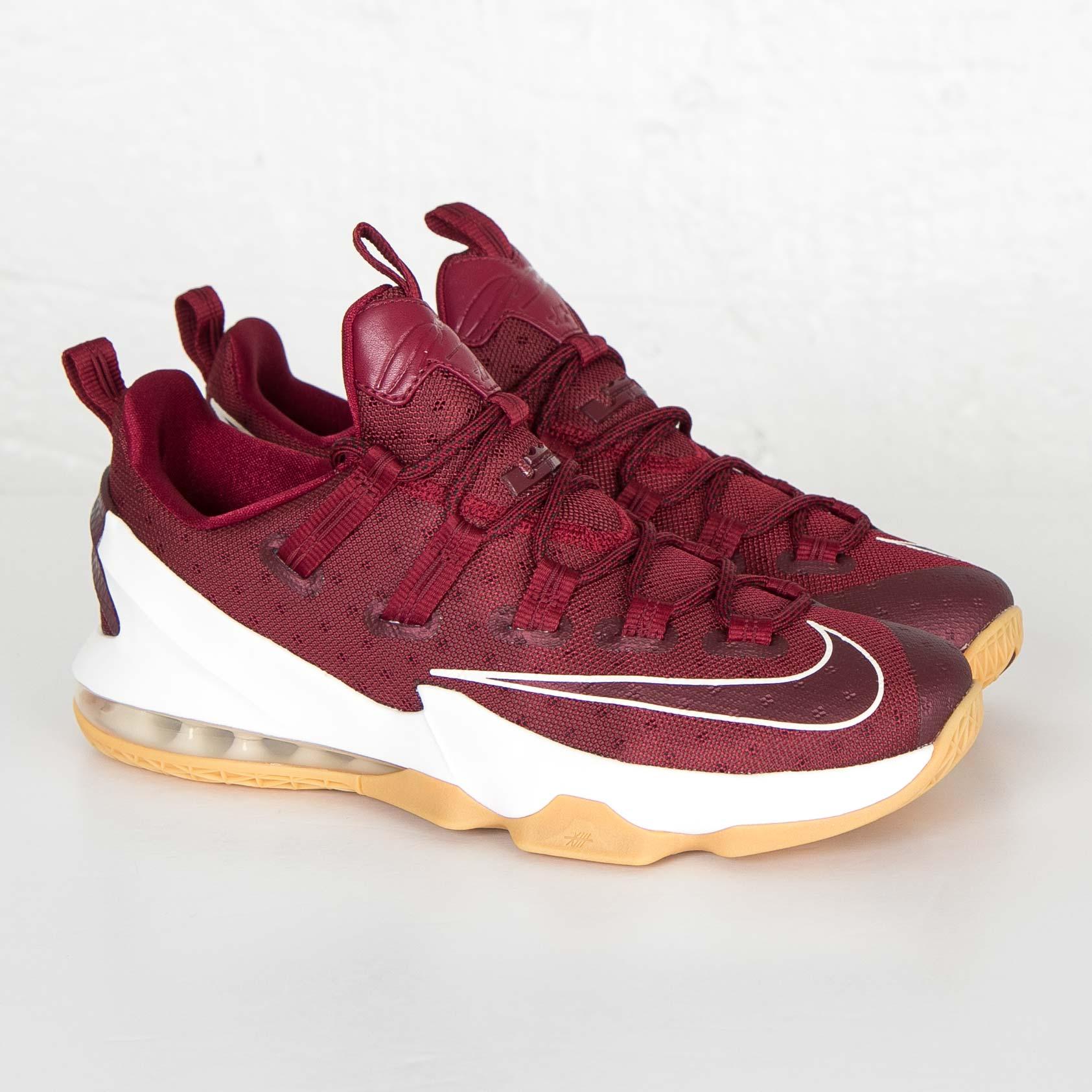 newest 6f39b f0255 Nike Lebron XIII Low