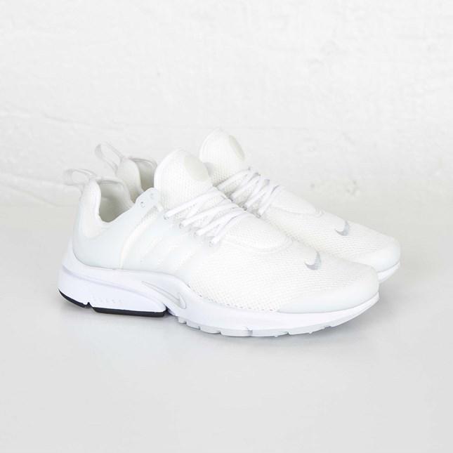 temor juego Tomar un riesgo  Nike Wmns Air Presto - 846290-105 - Sneakersnstuff | sneakers & streetwear  online since 1999
