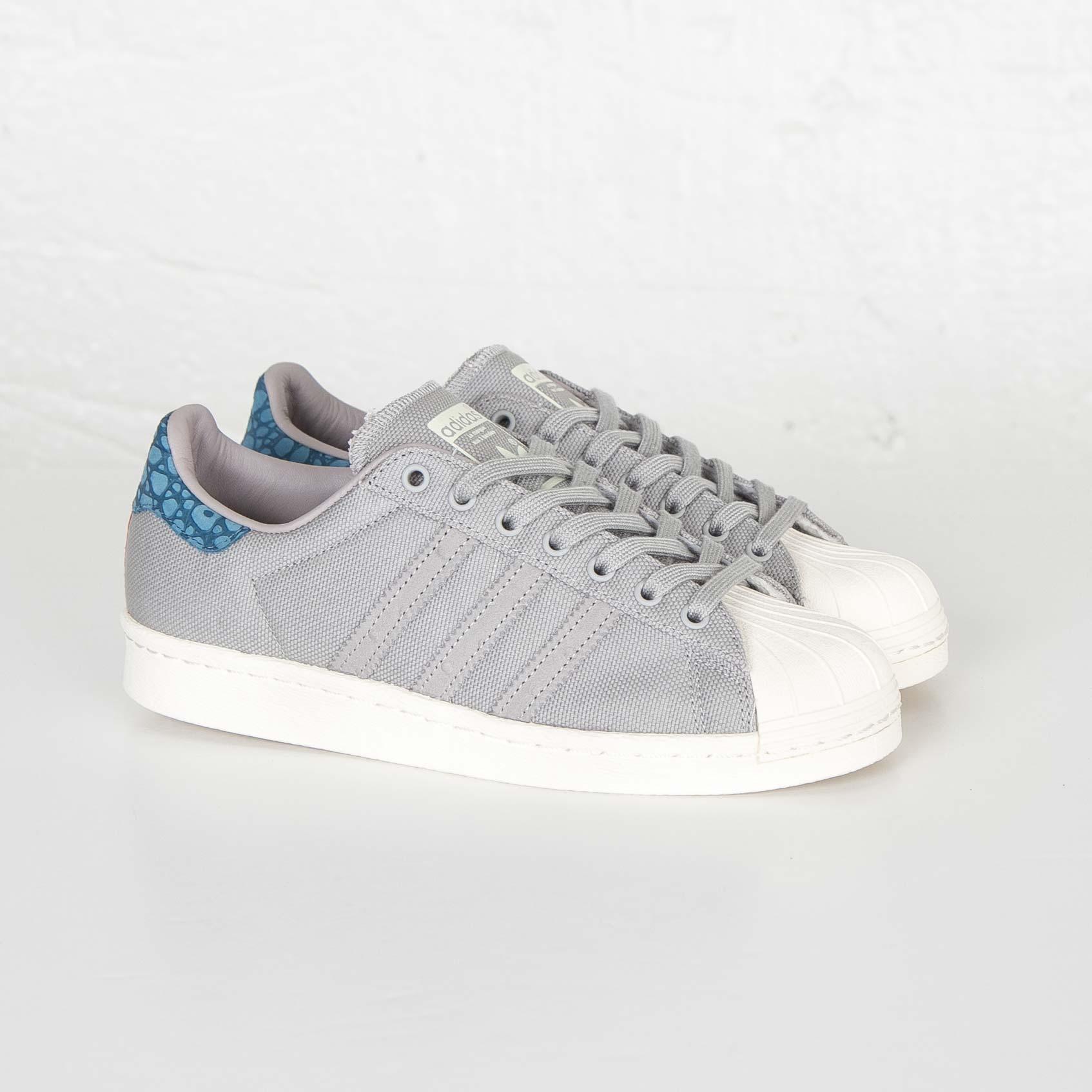 4897feb4b0 adidas Superstar 80s Animal - S75005 - Sneakersnstuff | sneakers ...