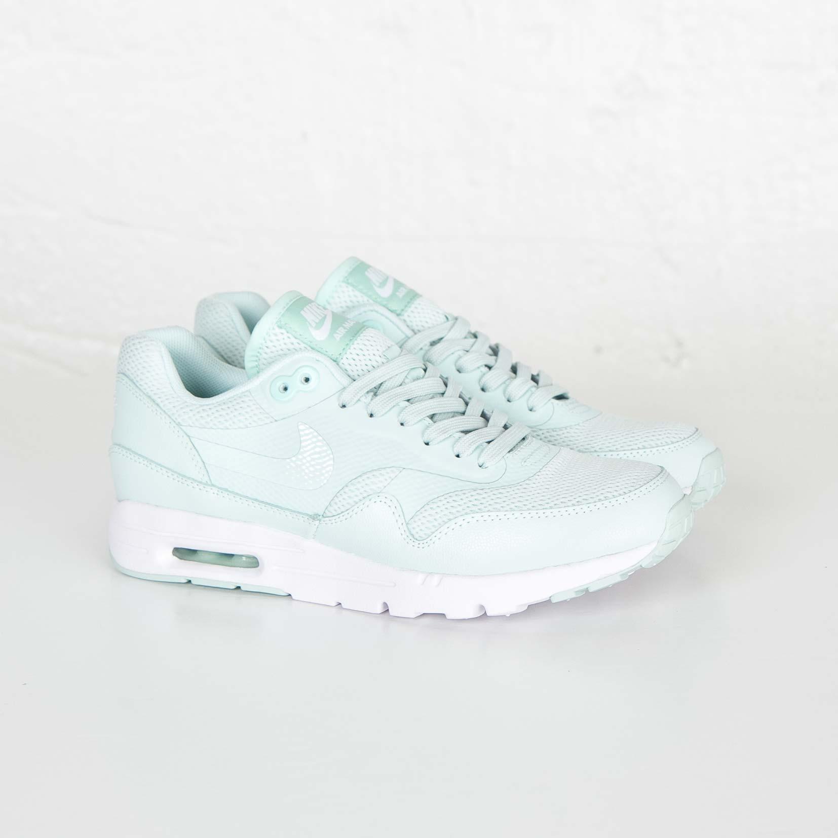 buy popular 8df75 4626e Nike Wmns Air Max 1 Ultra Essential