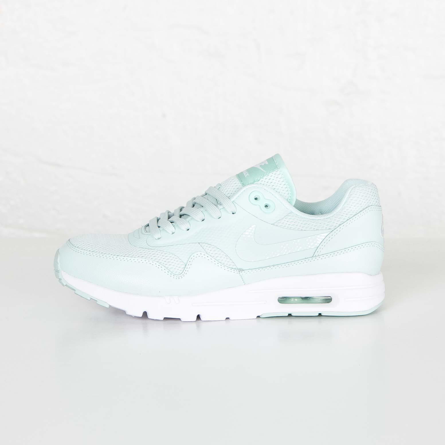 uk availability 882da 60138 Nike Wmns Air Max 1 Ultra Essential - 704993-302 - Sneakersnstuff   sneakers    streetwear på nätet sen 1999