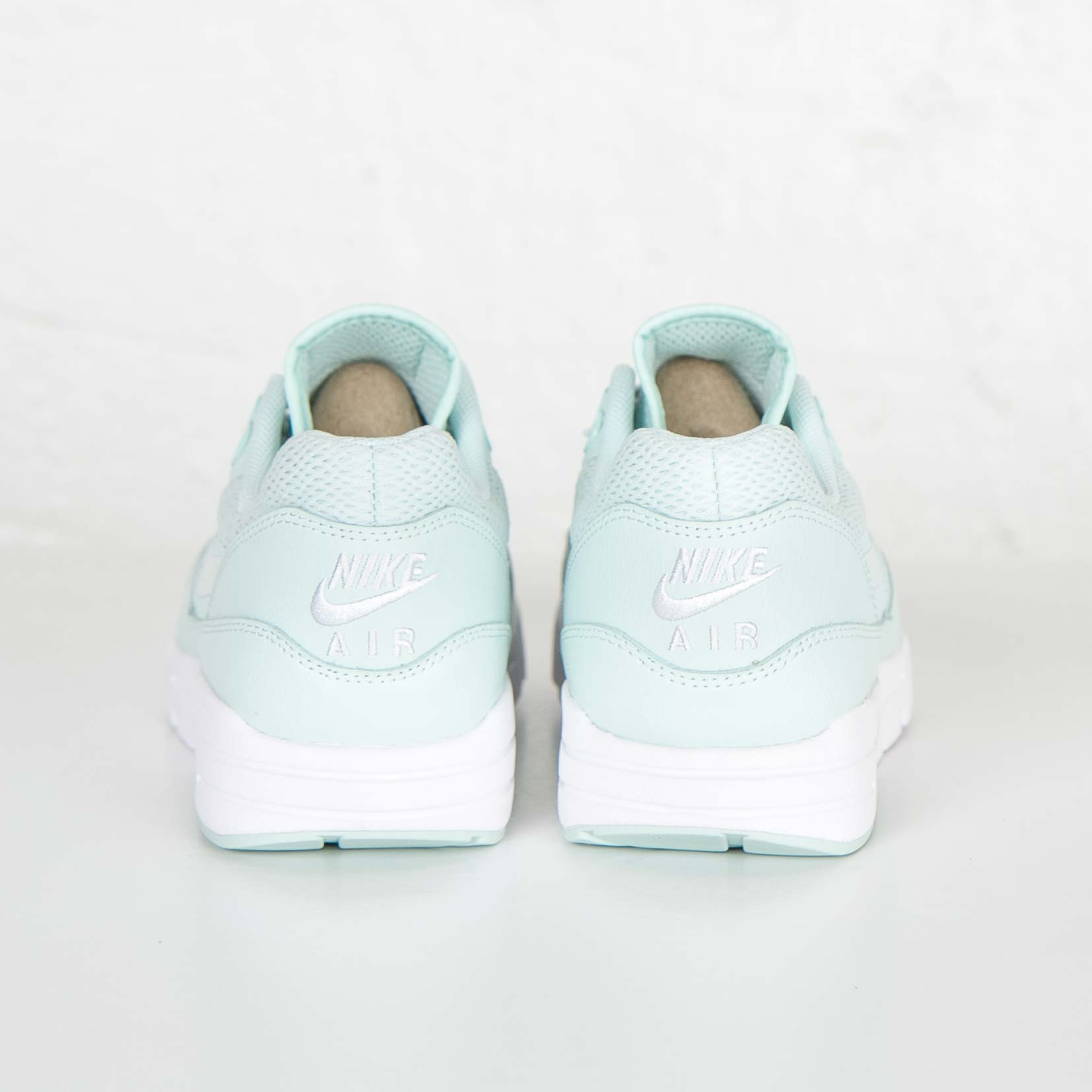 separation shoes 1fc23 2808e Nike Wmns Air Max 1 Ultra Essential - 6. Stäng