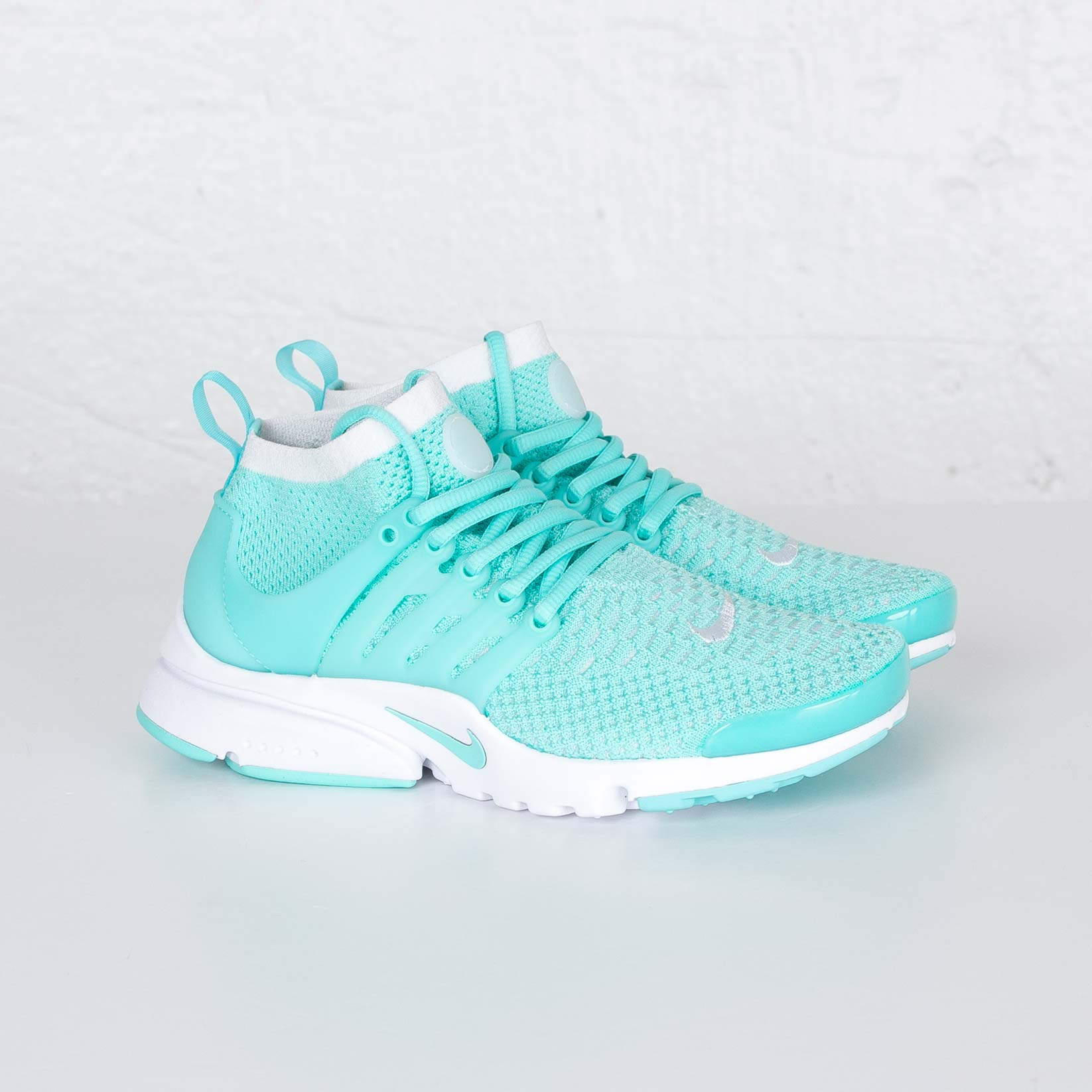 Nike Wmns Nike Air Max Thea 599409 402 Sneakersnstuff
