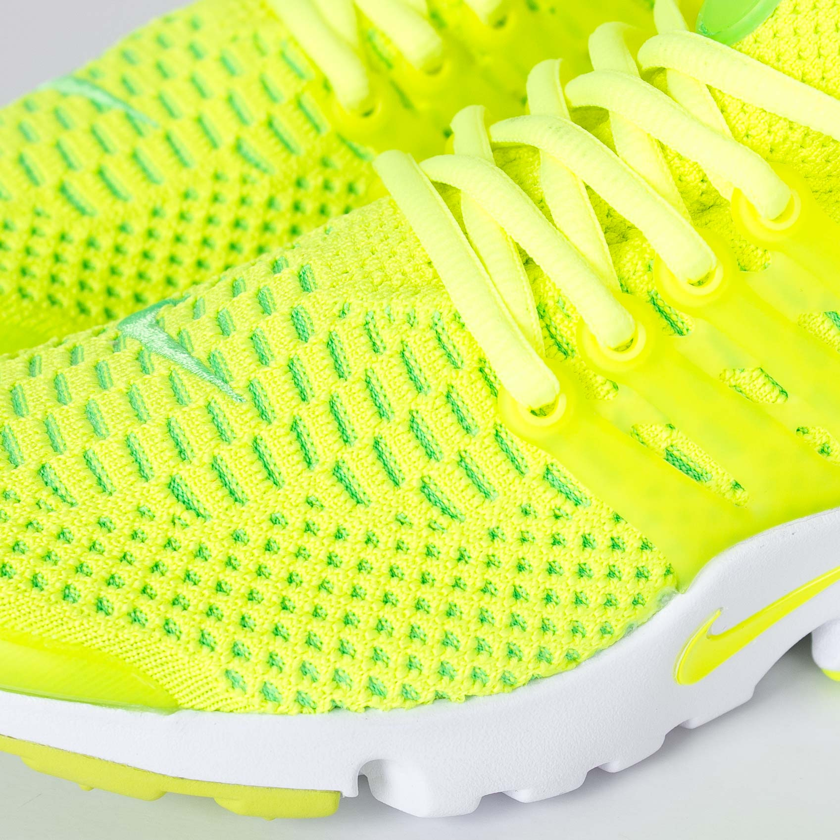 pretty nice 6d62f 470b1 Nike Wmns Air Presto Flyknit Ultra - 835738-300 - Sneakersnstuff   sneakers    streetwear online since 1999