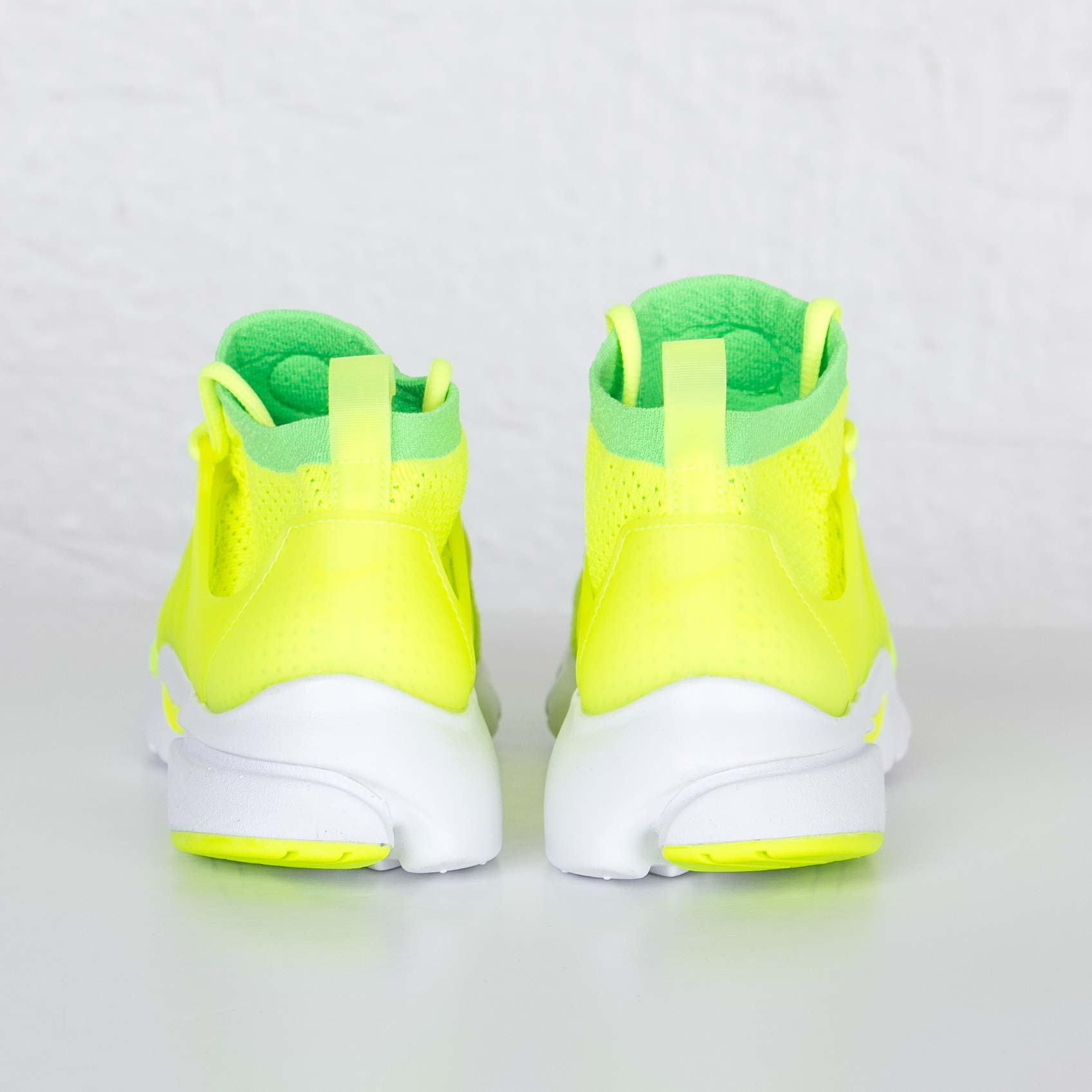 pretty nice fbdb9 59d1e Nike Wmns Air Presto Flyknit Ultra - 835738-300 - Sneakersnstuff   sneakers    streetwear online since 1999