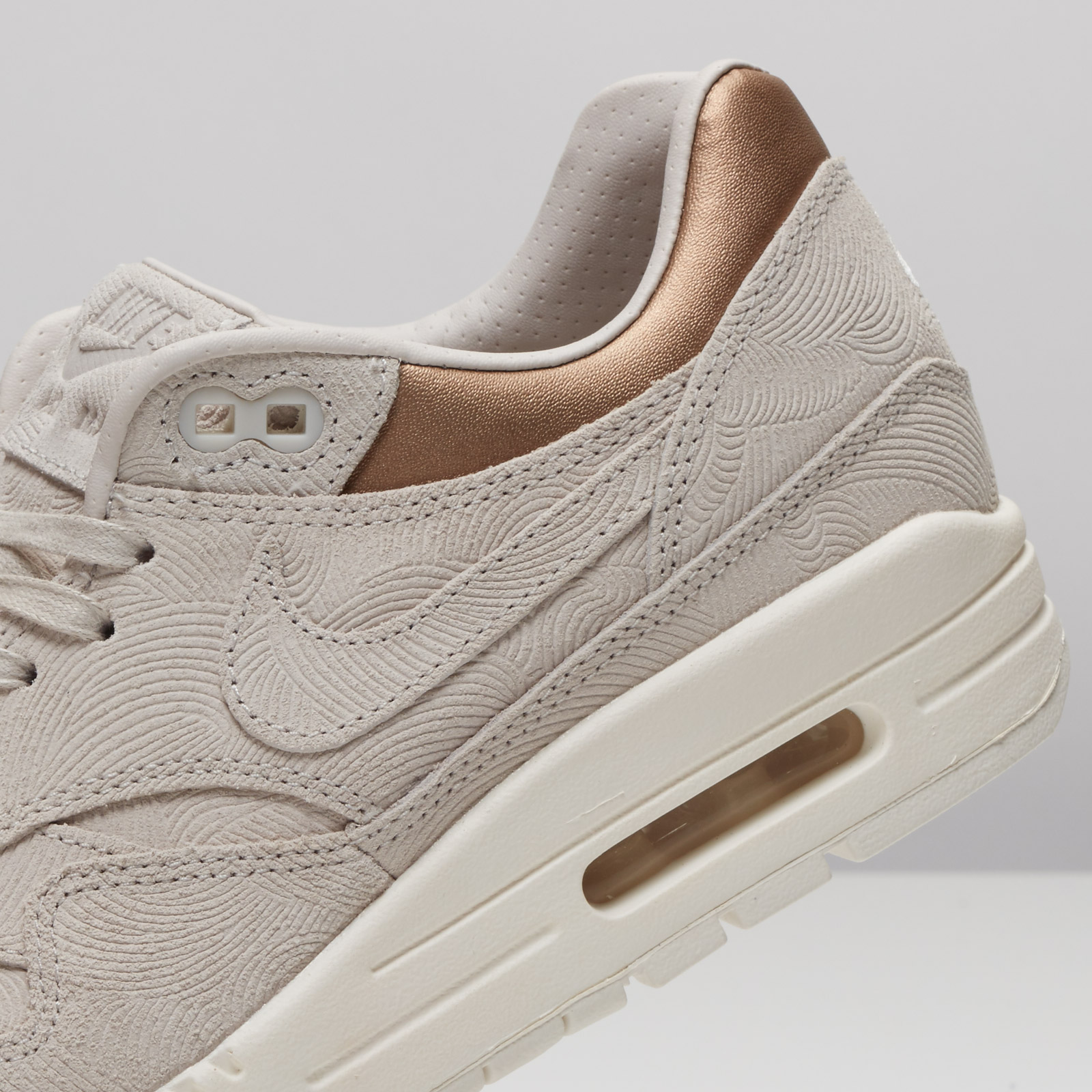 Nike Wmns Air Max 1 Premium 454746 009 Sneakersnstuff