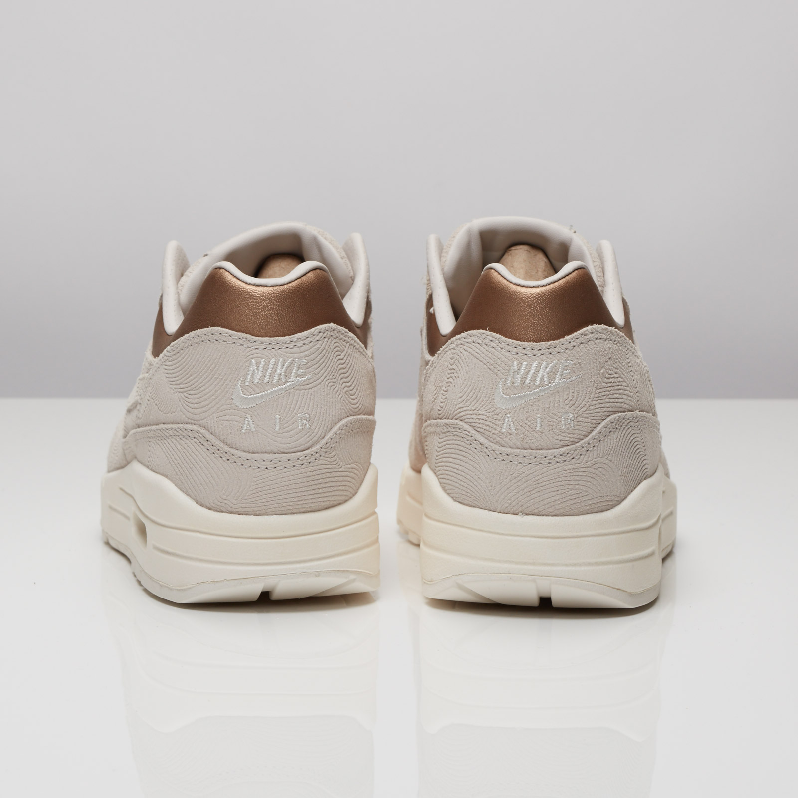 Nike WMNS Air Max 1 Premium gamma grey metallic golden (454746 009)