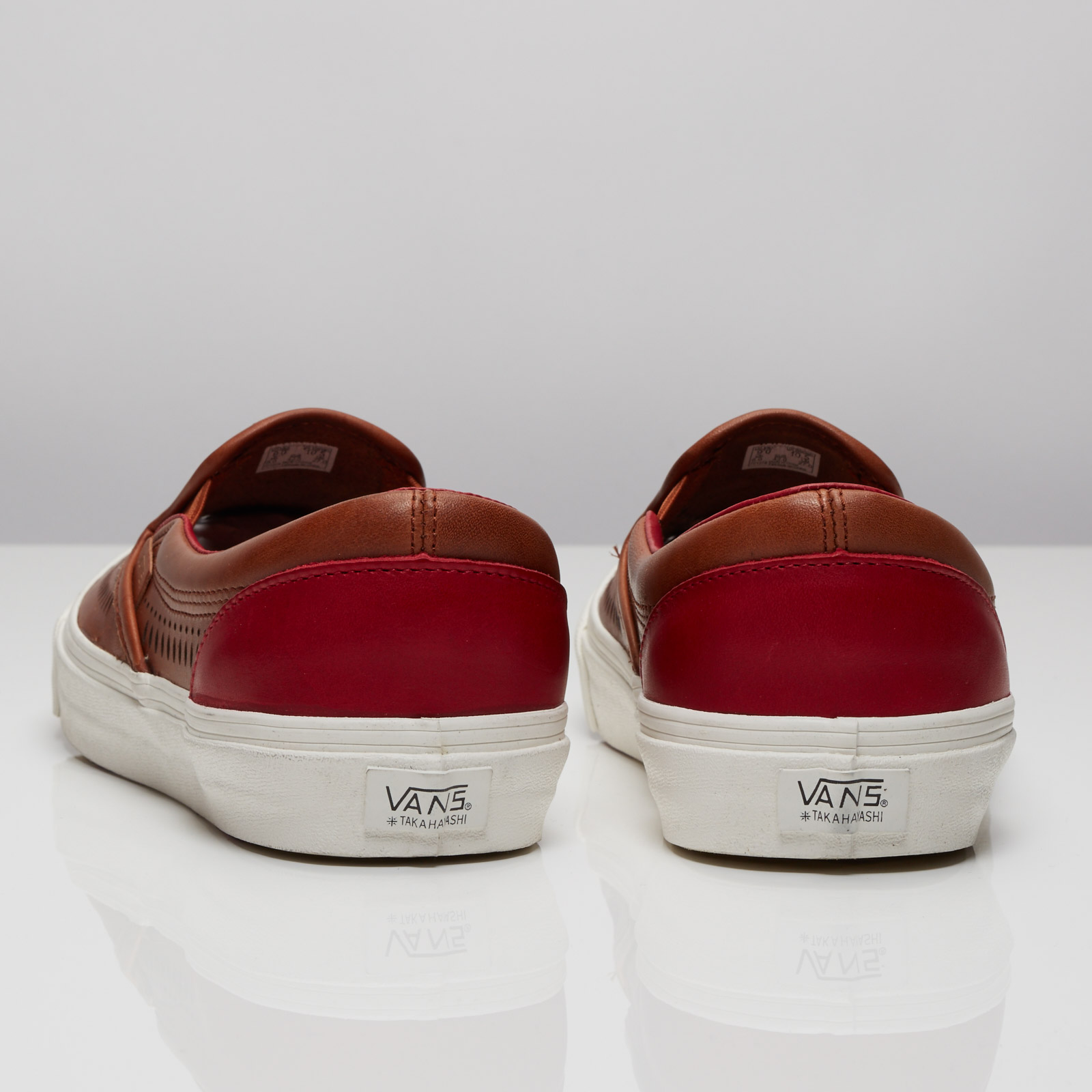 Vans Th Nomad Slip On Lx V4k1ifk Sneakersnstuff
