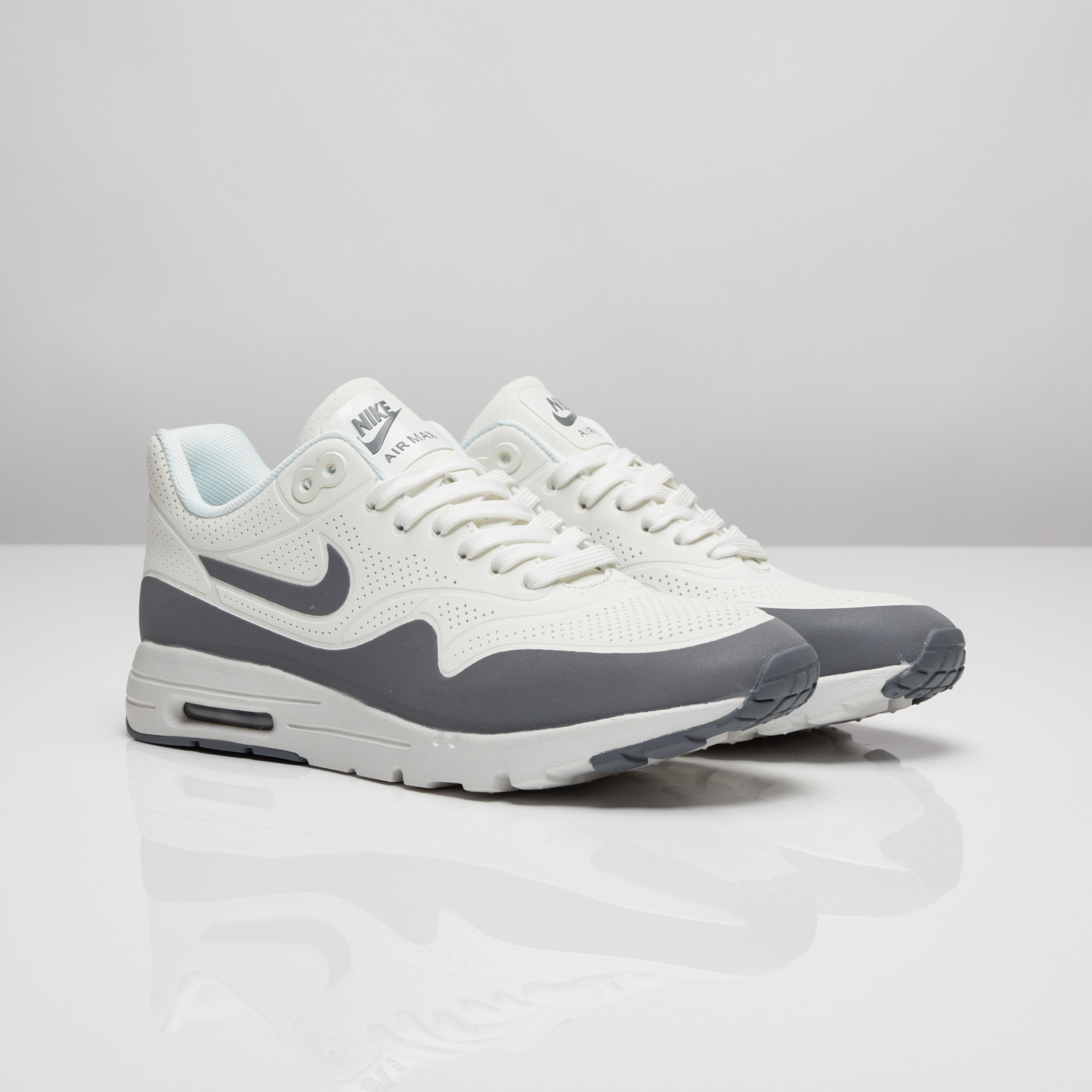 low cost 17004 93f75 Nike Wmns Air Max 1 Ultra Moire