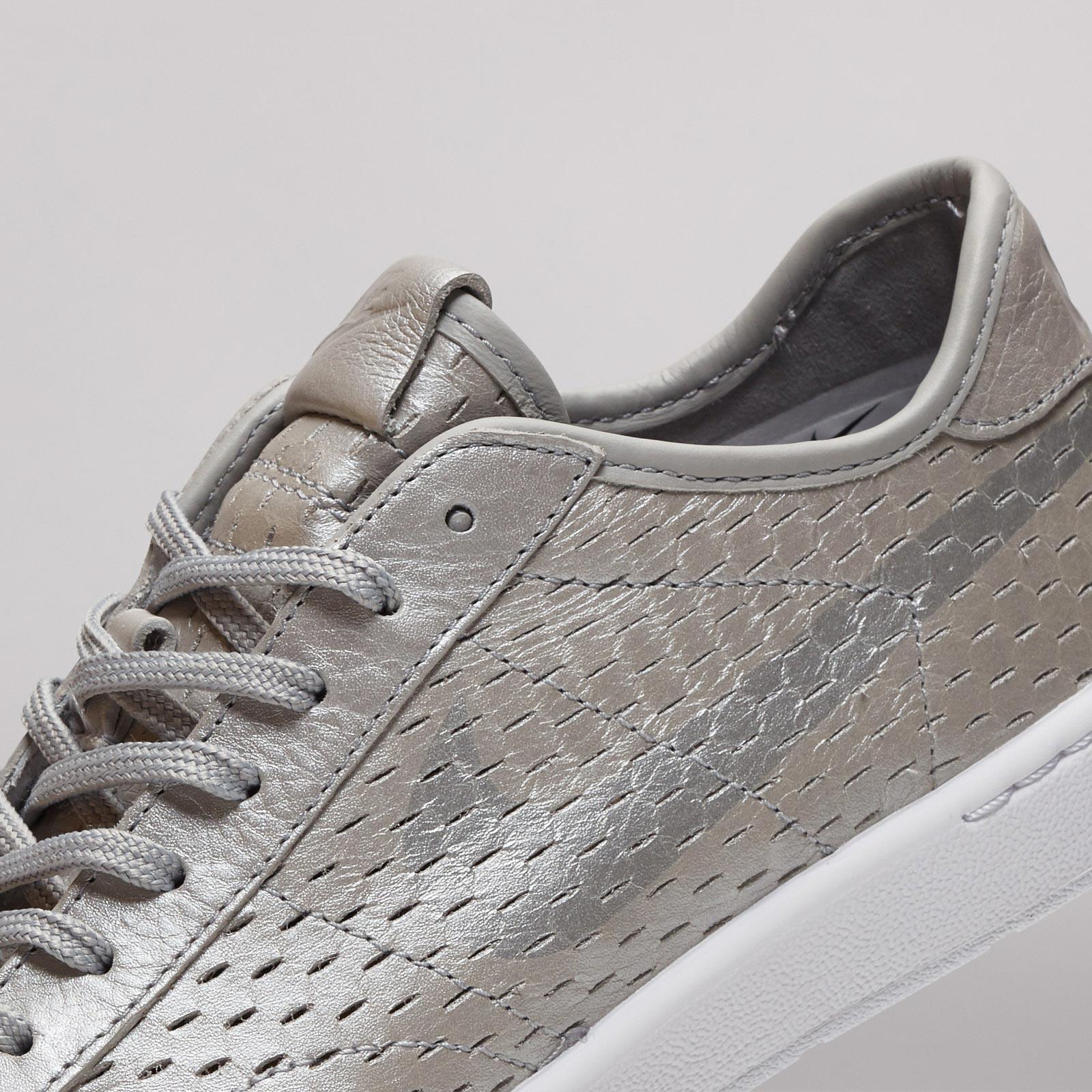 Nike W Tennis Classic Ultra Premium 749647 003