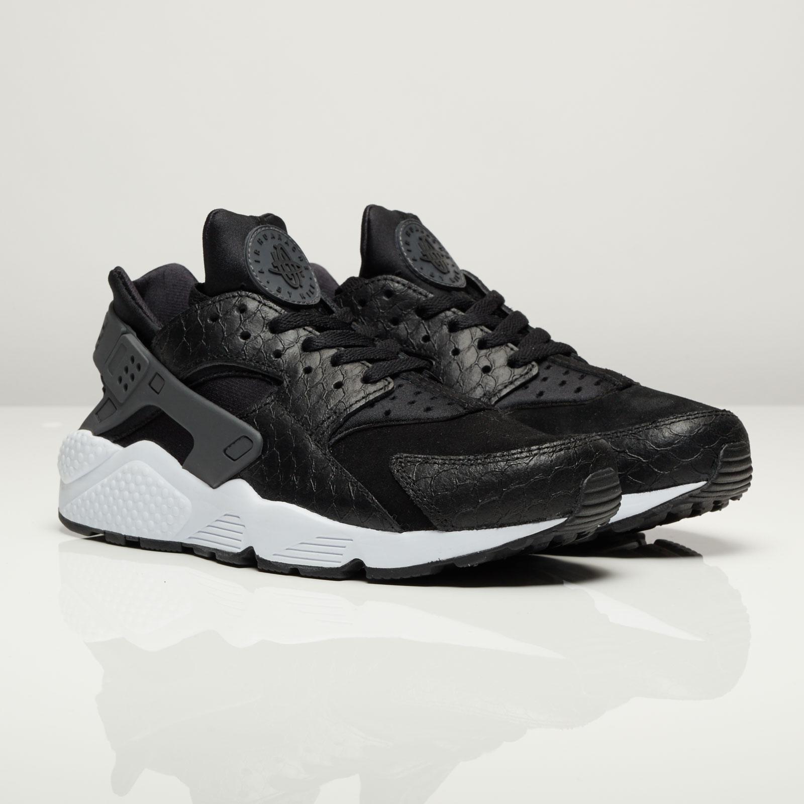 Nike Air Huarache Run Premium - 704830-001 - Sneakersnstuff ... 701a24da2
