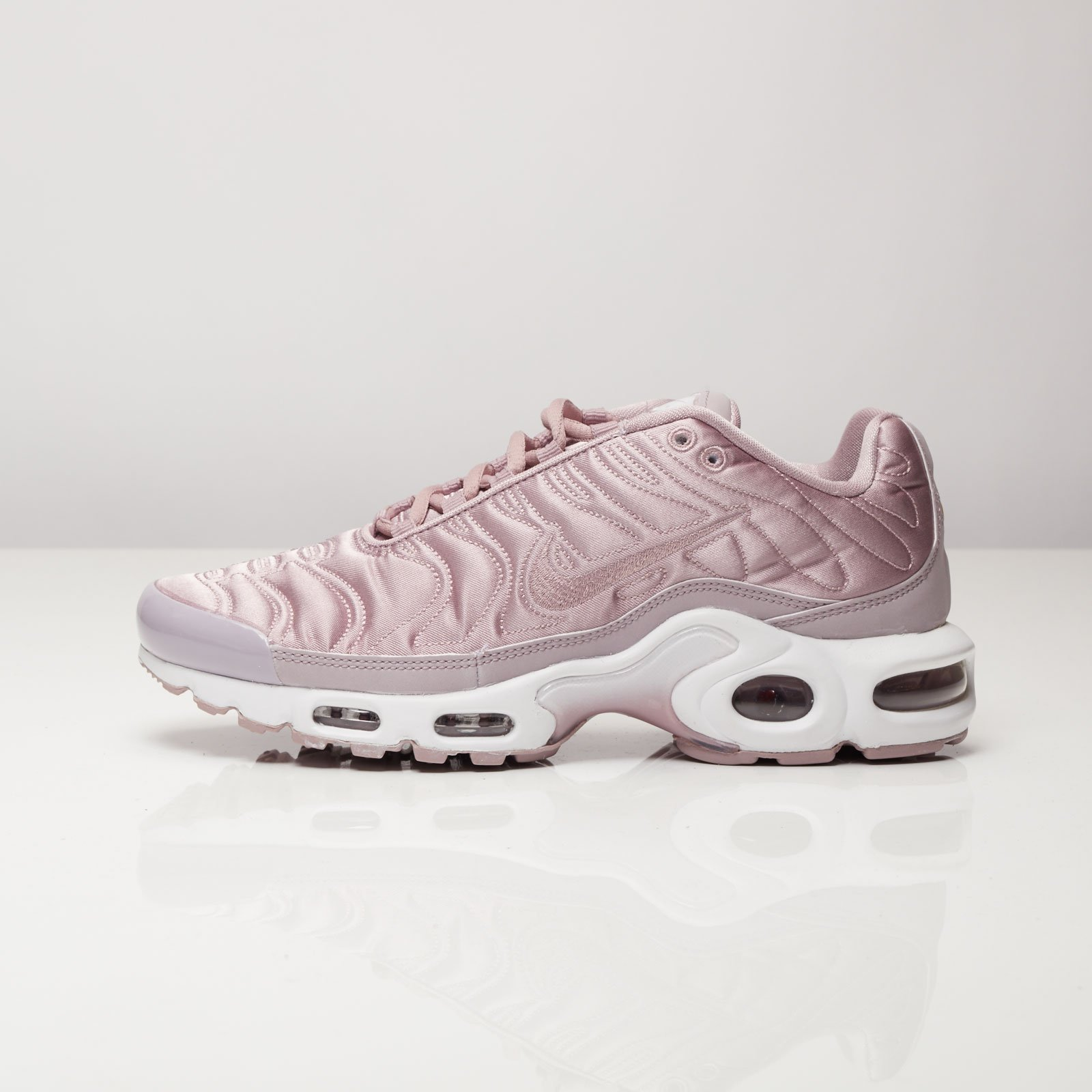 save off abf33 af68d Nike Wmns Air Max Plus SE - 830768-551 - Sneakersnstuff   sneakers    streetwear online since 1999