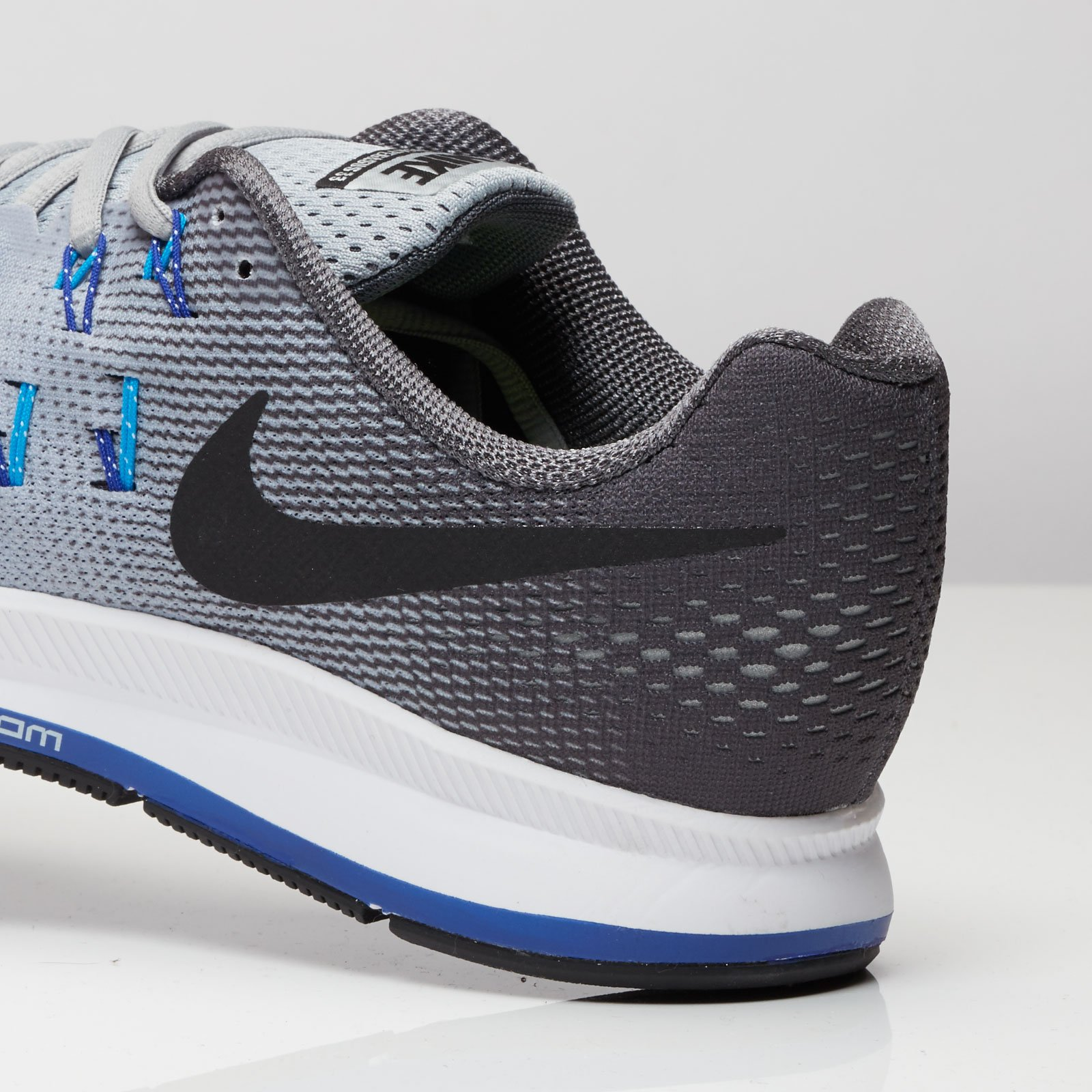 finest selection ab477 f24ce Nike Air Zoom Pegasus 33 ...