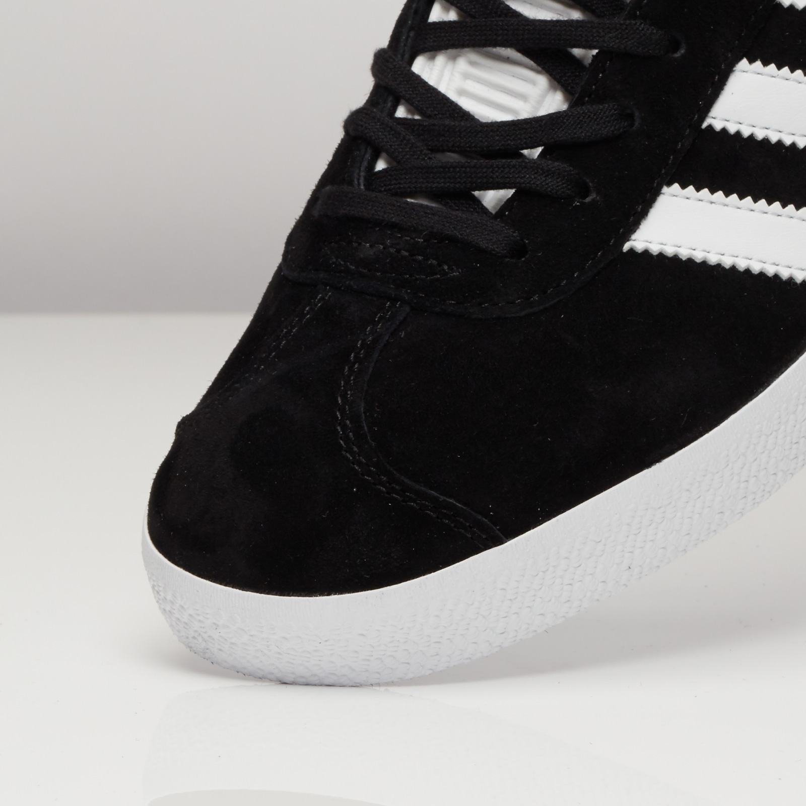 Adidas gazzella bb5476 scarpe da ginnasticanstuff scarpe & streetwear