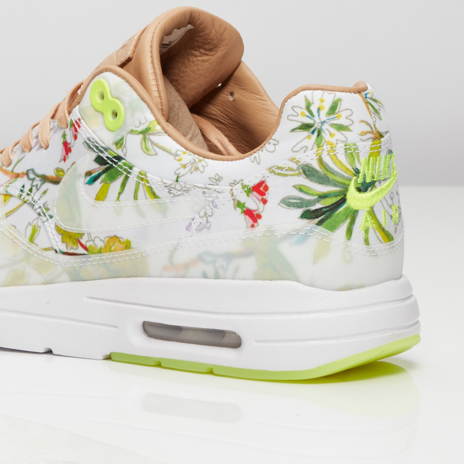 best website 7eb4a 7a274 ... Nike Wmns Air Max 1 Ultra LIB QS ...