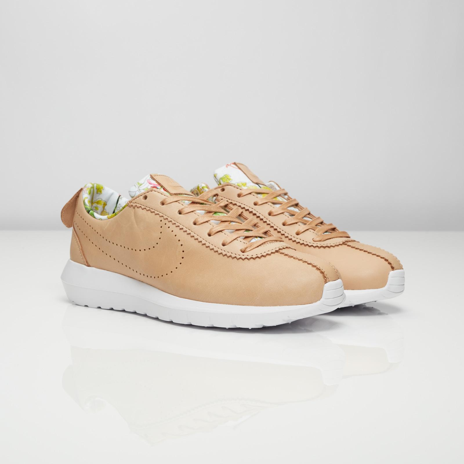 f6f5866b69126 Nike W Roshe Cortez NM LIB QS - 843847-200 - Sneakersnstuff ...