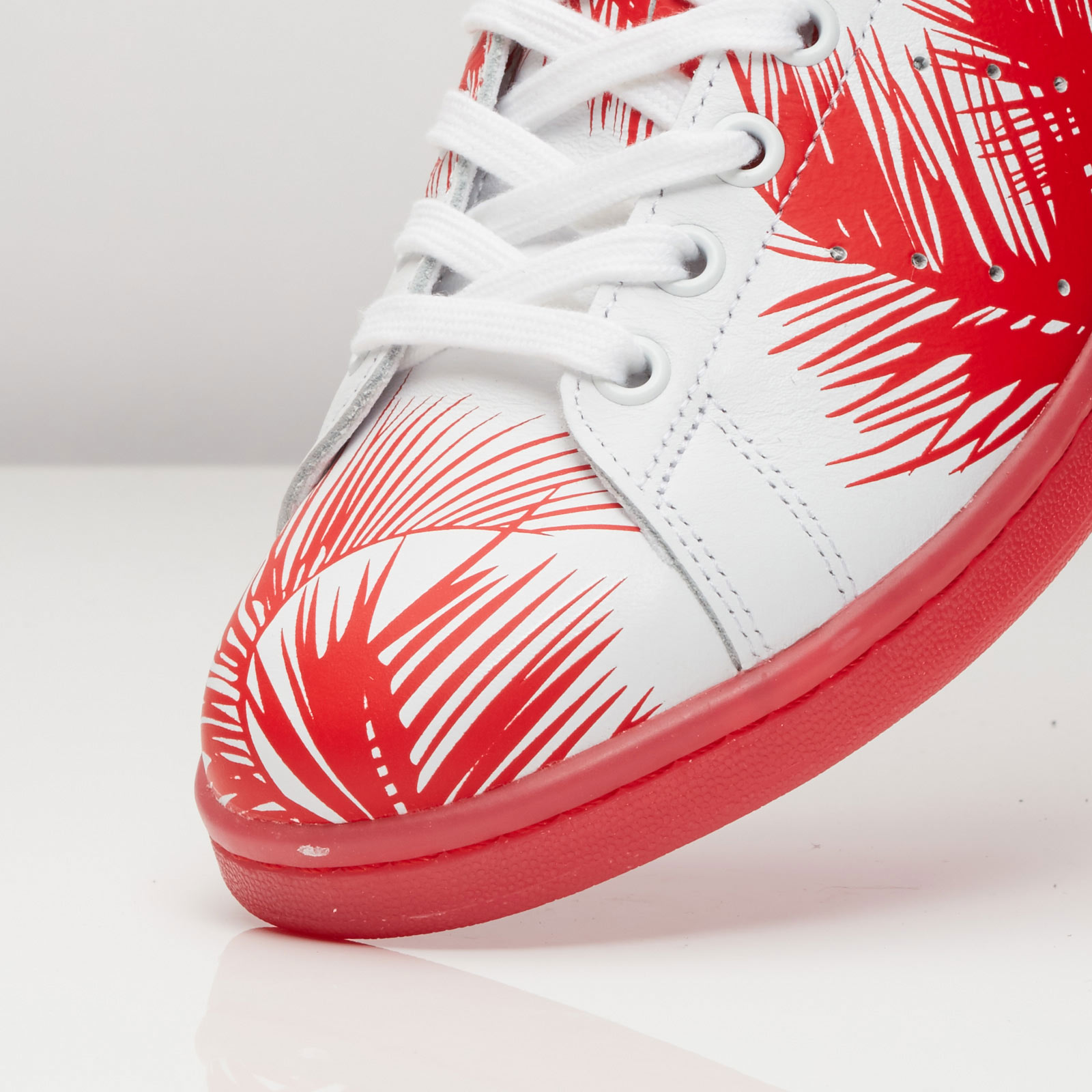 adidas PW Stan Smith BBC Palm Tree - S82072 - Sneakersnstuff ... 43cef1352
